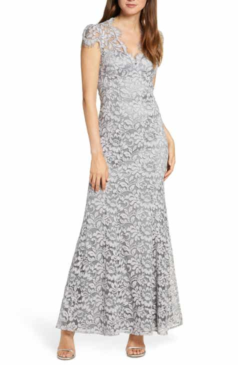 Eliza J Embroidered Lace Trumpet Gown (Regular & Petite)