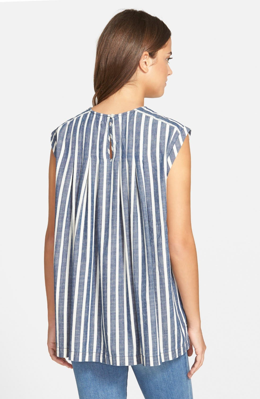 Alternate Image 2  - Madewell Inverted Pleat Cap Sleeve Top