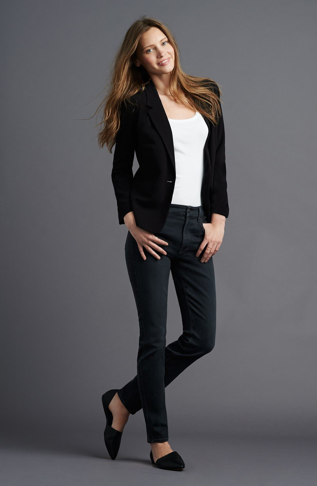 Alternate Image 4  - Jen7 Stretch Skinny Jeans (Clean Grey)