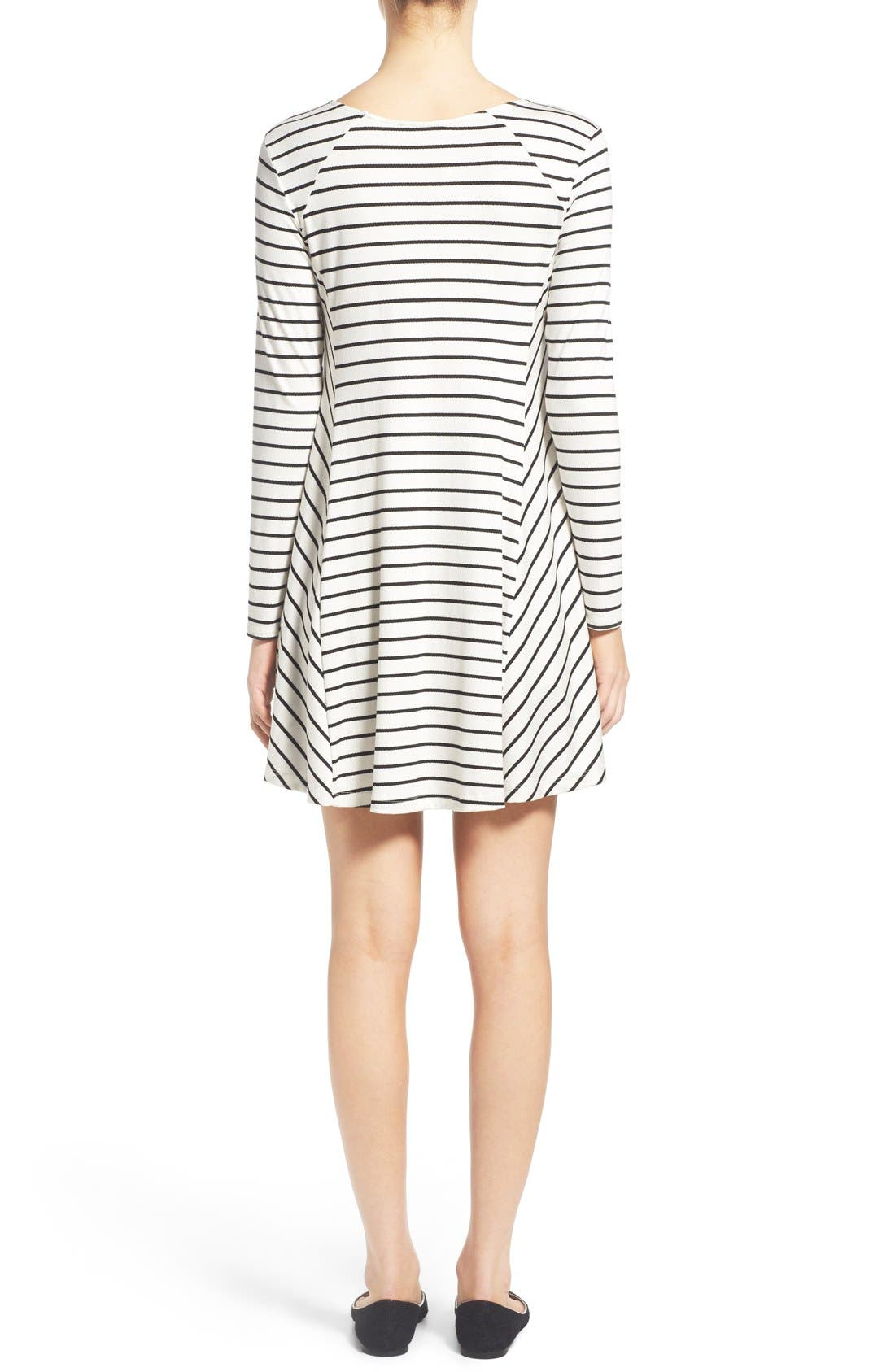 Alternate Image 2  - Lush 'Lauren' Long Sleeve Shift Dress
