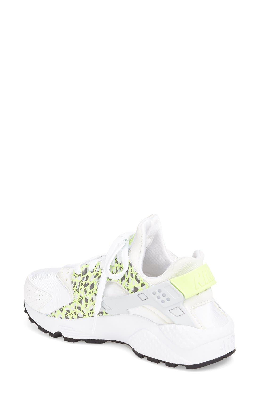 Alternate Image 2  - Nike 'Air Huarache' Sneaker (Women)