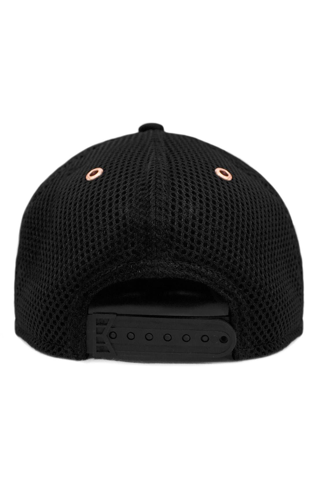 'The Majesty' Mesh Back Snapback Hat,                             Alternate thumbnail 2, color,                             Black
