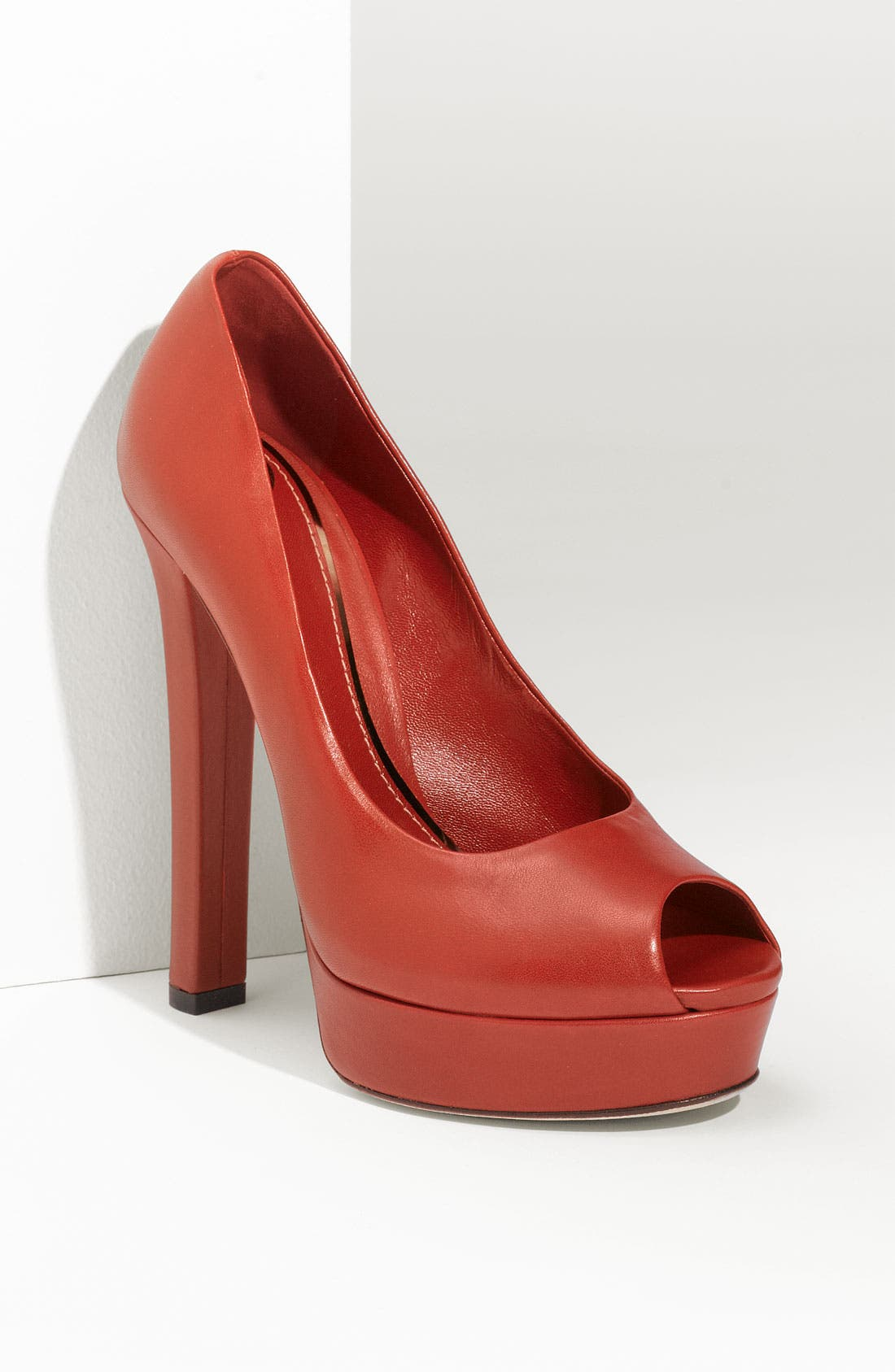 Alternate Image 1 Selected - Gucci 'Helena' Platform Pump
