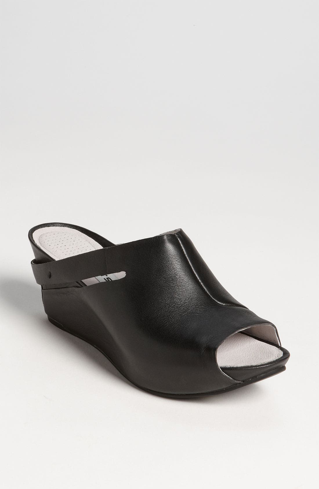 Main Image - Tsubo 'Ovid' Sandal