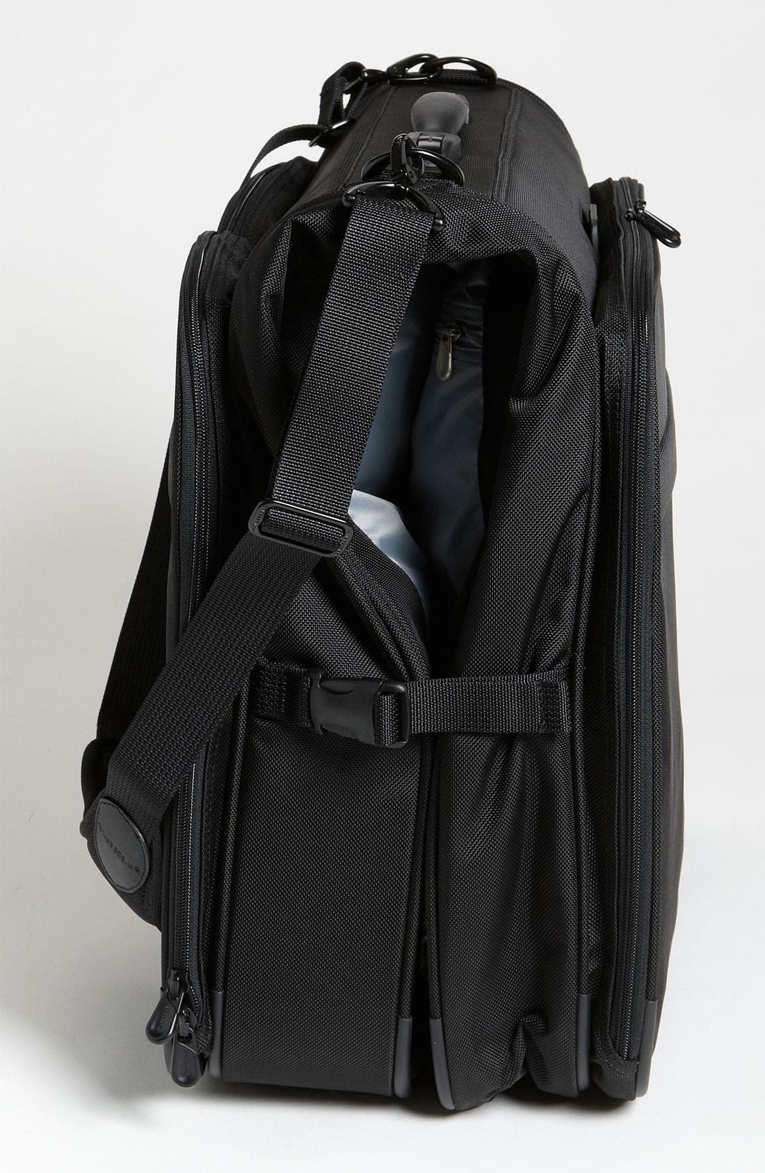 Alternate Image 2  - Briggs & Riley 'Baseline - Deluxe' Garment Bag (22 Inch)