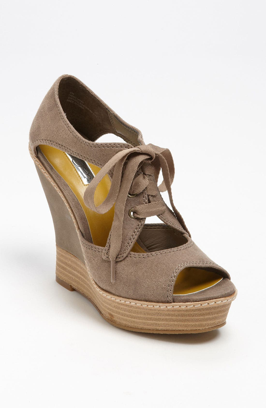 Main Image - Halogen® 'Asher' Wedge