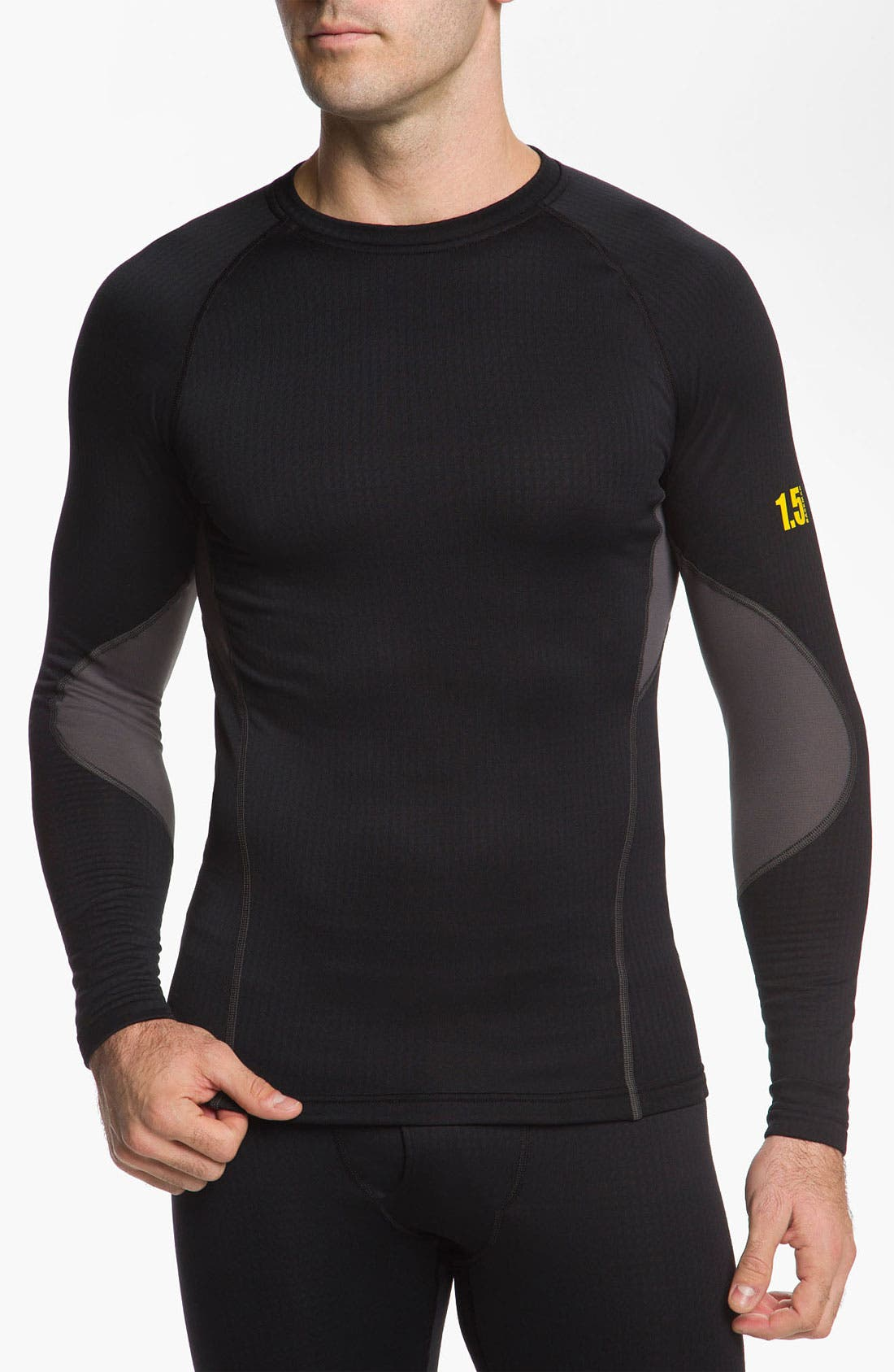 Main Image - Under Armour 'Base 1.5' Fitted Crewneck Top (Online Exclusive)