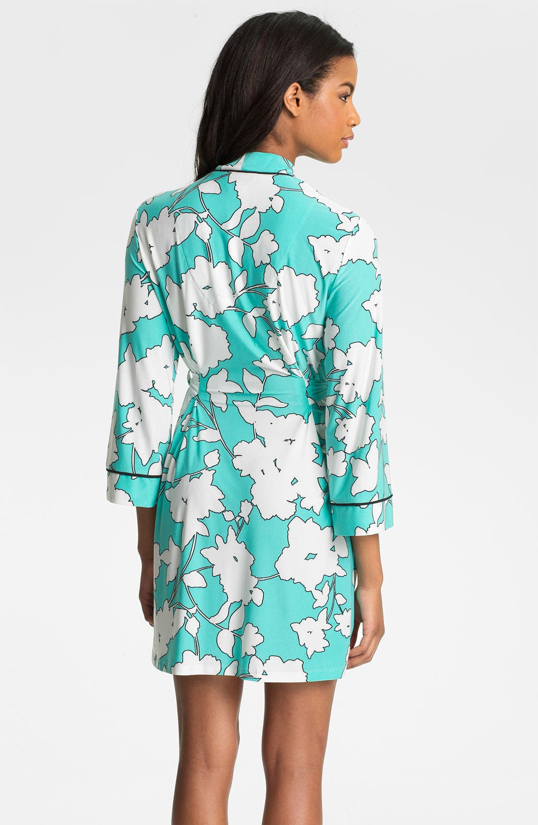Alternate Image 2  - In Bloom by Jonquil 'Silhouette' Short Robe