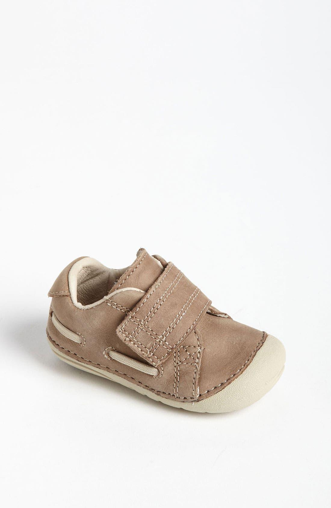 Alternate Image 1 Selected - Stride Rite 'Skip' Sneaker (Baby & Walker)
