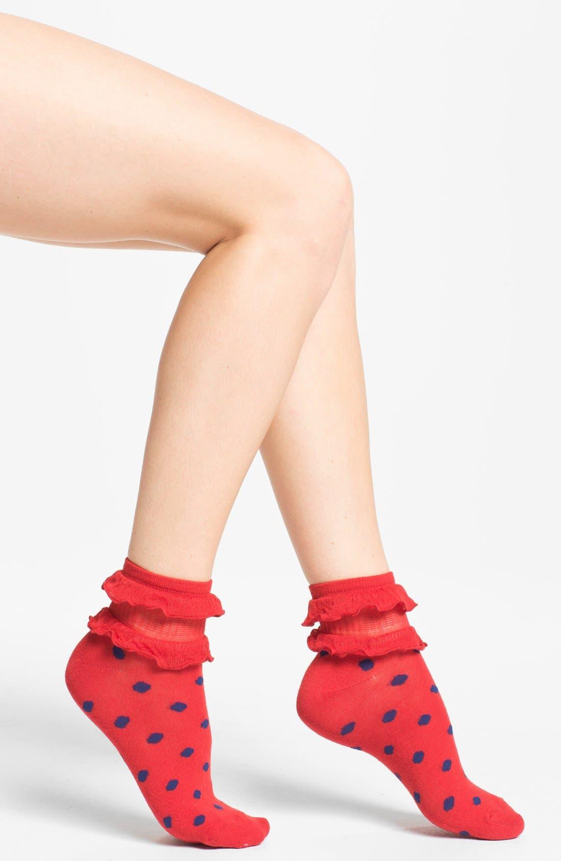 Main Image - Free People Ruffle Ankle Socks