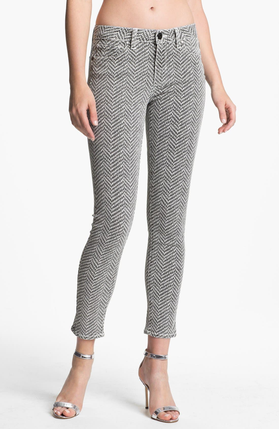 Main Image - Paige Denim 'Hoxton' Ankle Jeans (White/Black)