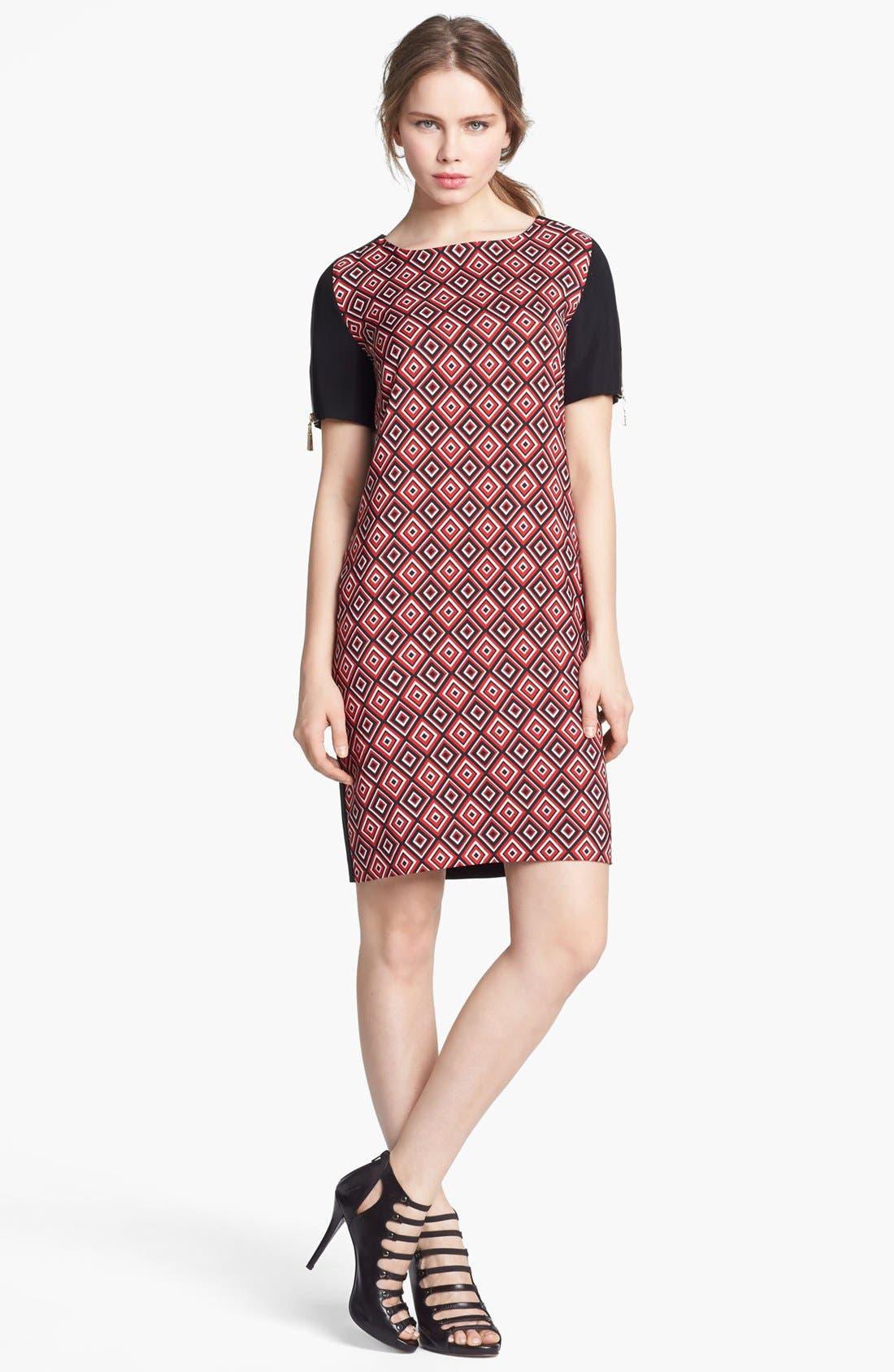 Main Image - Vince Camuto Diamond Tile Print Shift Dress