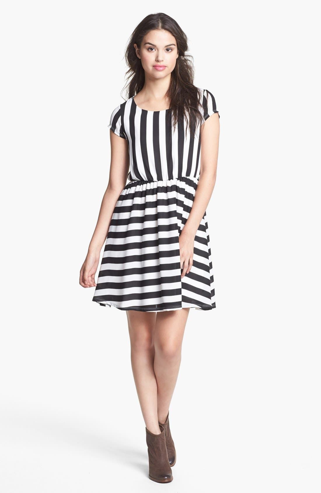 Alternate Image 1 Selected - Minty Stripe Elastic Waist Dress (Juniors) (Online Only)
