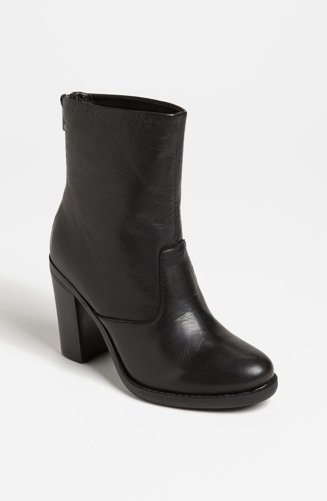 Alternate Image 1 Selected - Steve Madden 'San Jose' Boot