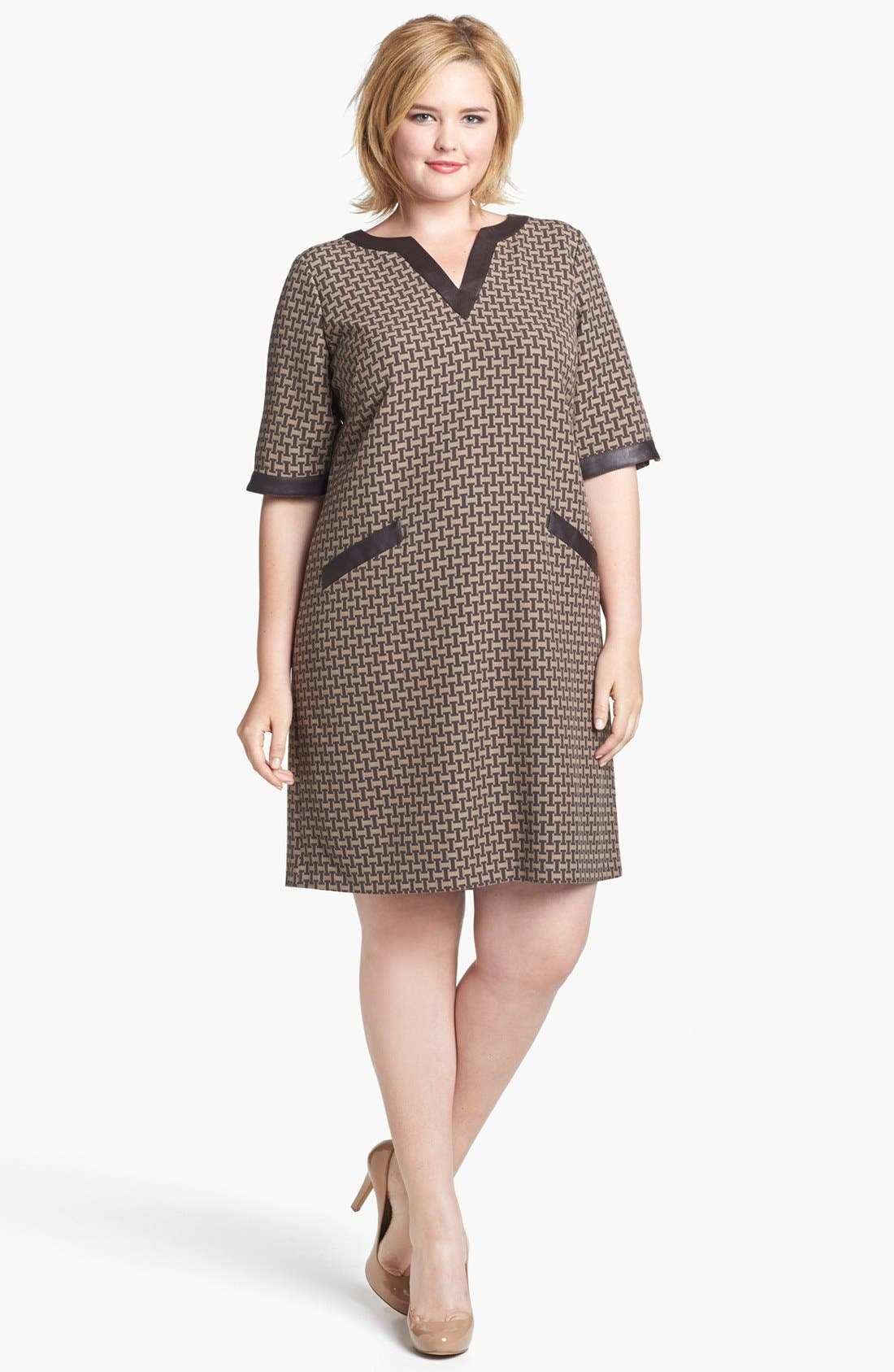 Main Image - Ivy & Blu Jacquard Shift Dress (Plus Size)