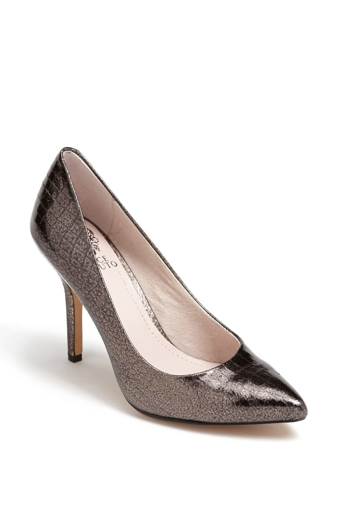 Main Image - Vince Camuto 'Hallee' Pump (Nordstrom Exclusive)