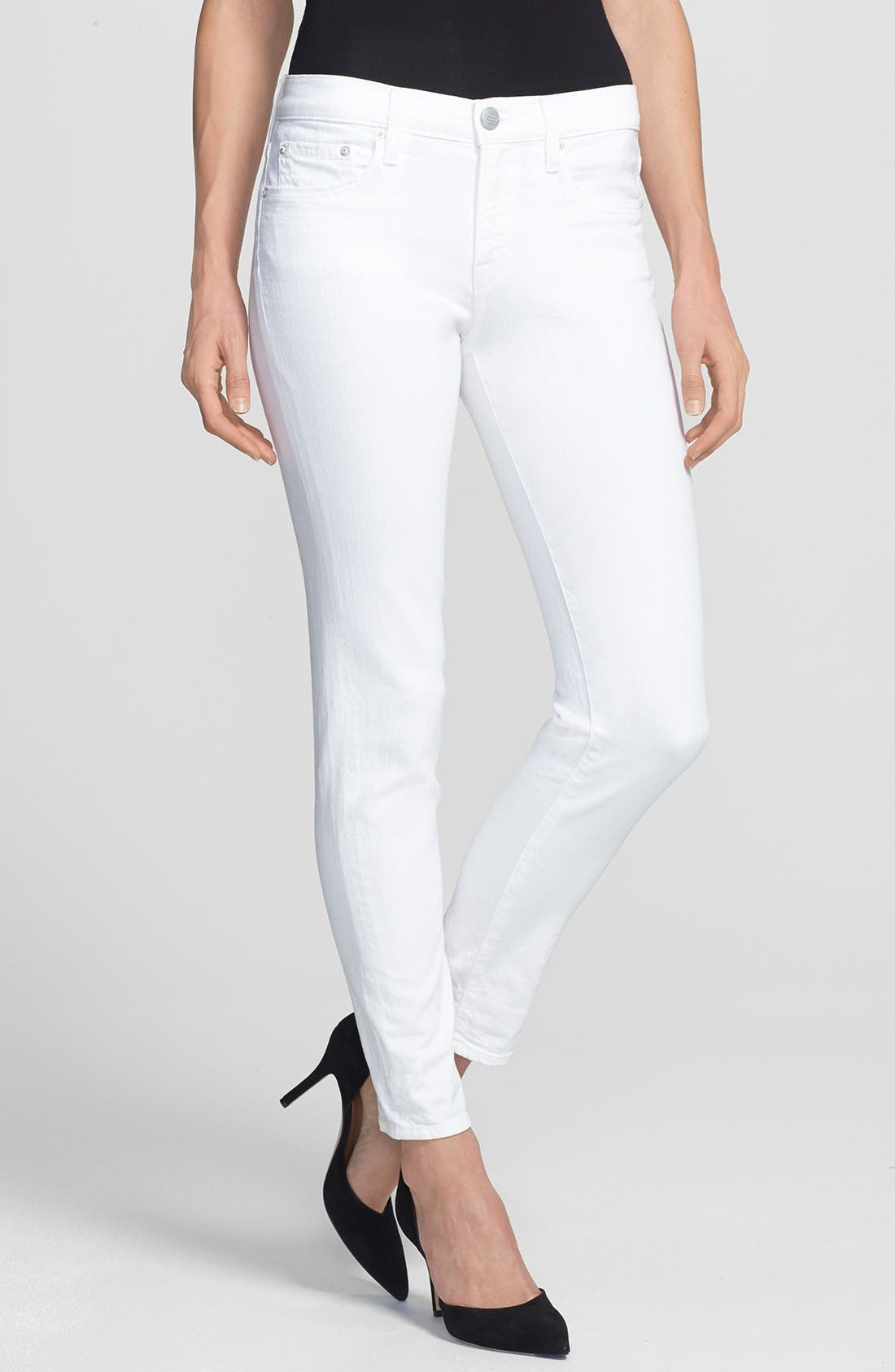 Alternate Image 1 Selected - Vince Relaxed Rolled Skinny Jeans (Soft White)