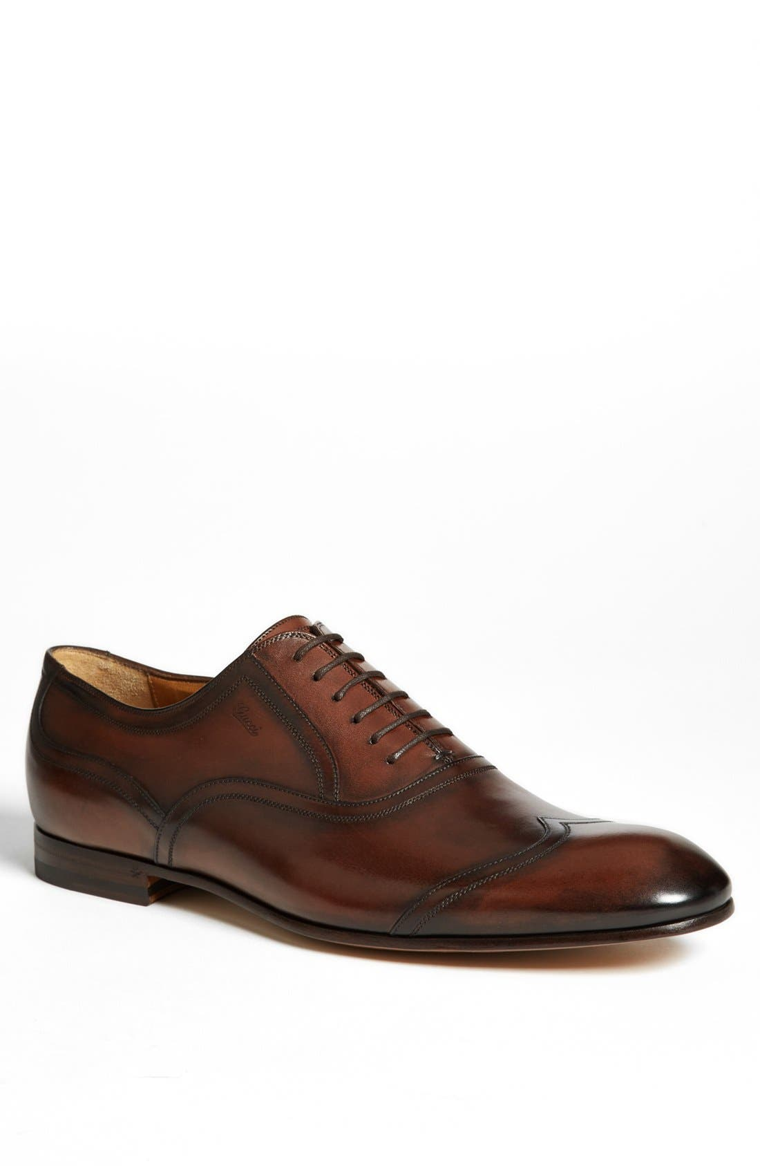 Alternate Image 1 Selected - Gucci 'Phil' Wingtip