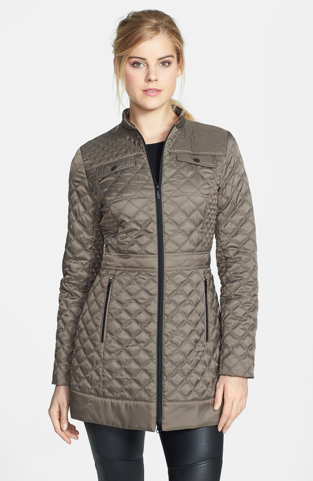 Main Image - Laundry by Shelli Segal Packable Quilted Walking Coat (Regular & Petite)