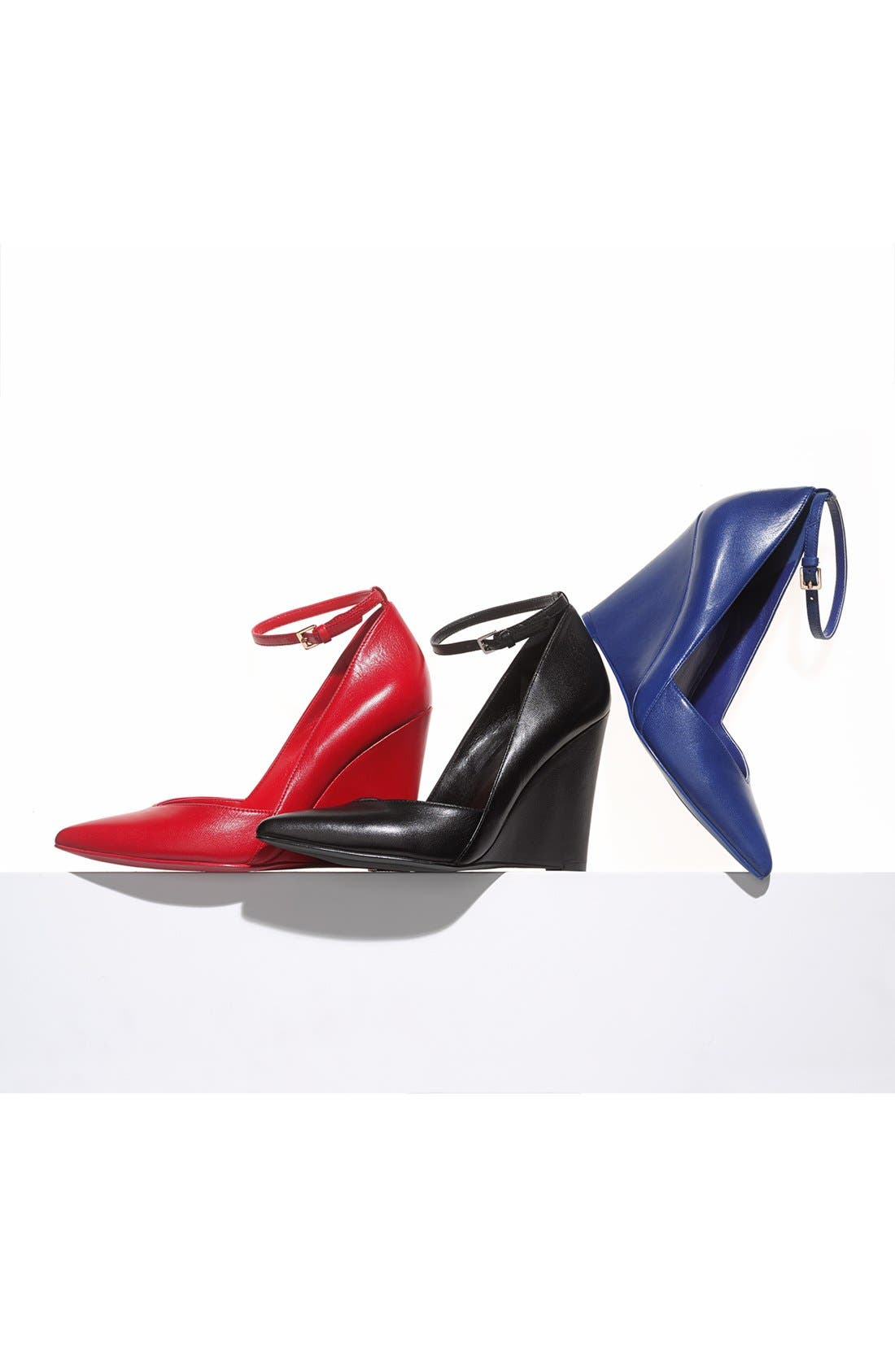 Alternate Image 5  - Nine West 'Eviee' Leather Wedge Pump