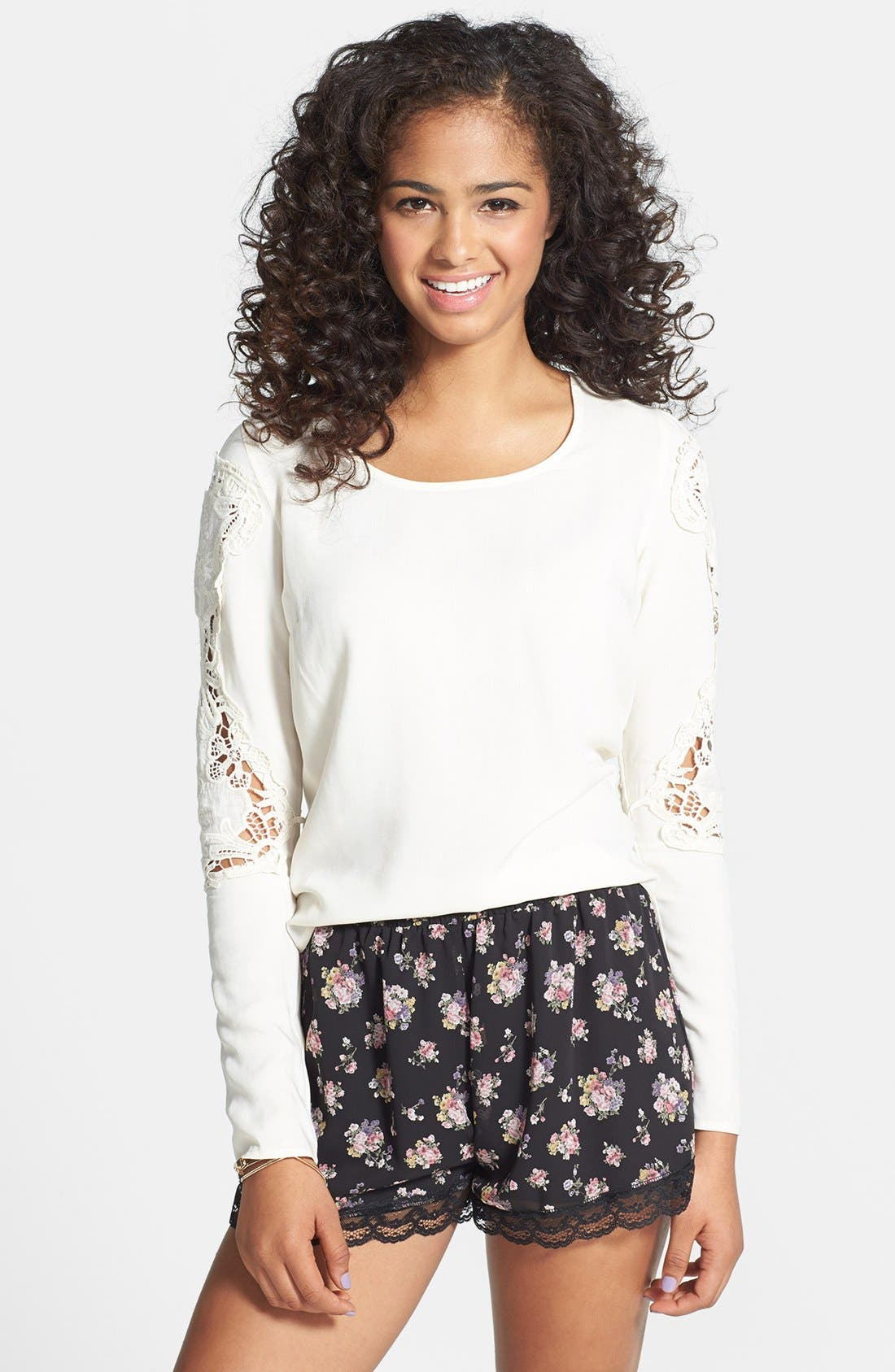 Main Image - Painted Threads Crochet Sleeve Envelope Back Tee (Juniors) (Online Only)