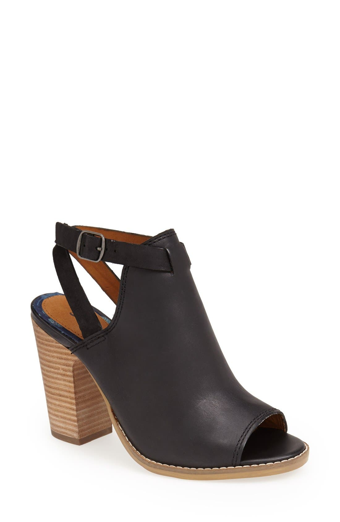 Main Image - Lucky Brand 'Lubov' Cutout Bootie (Women)