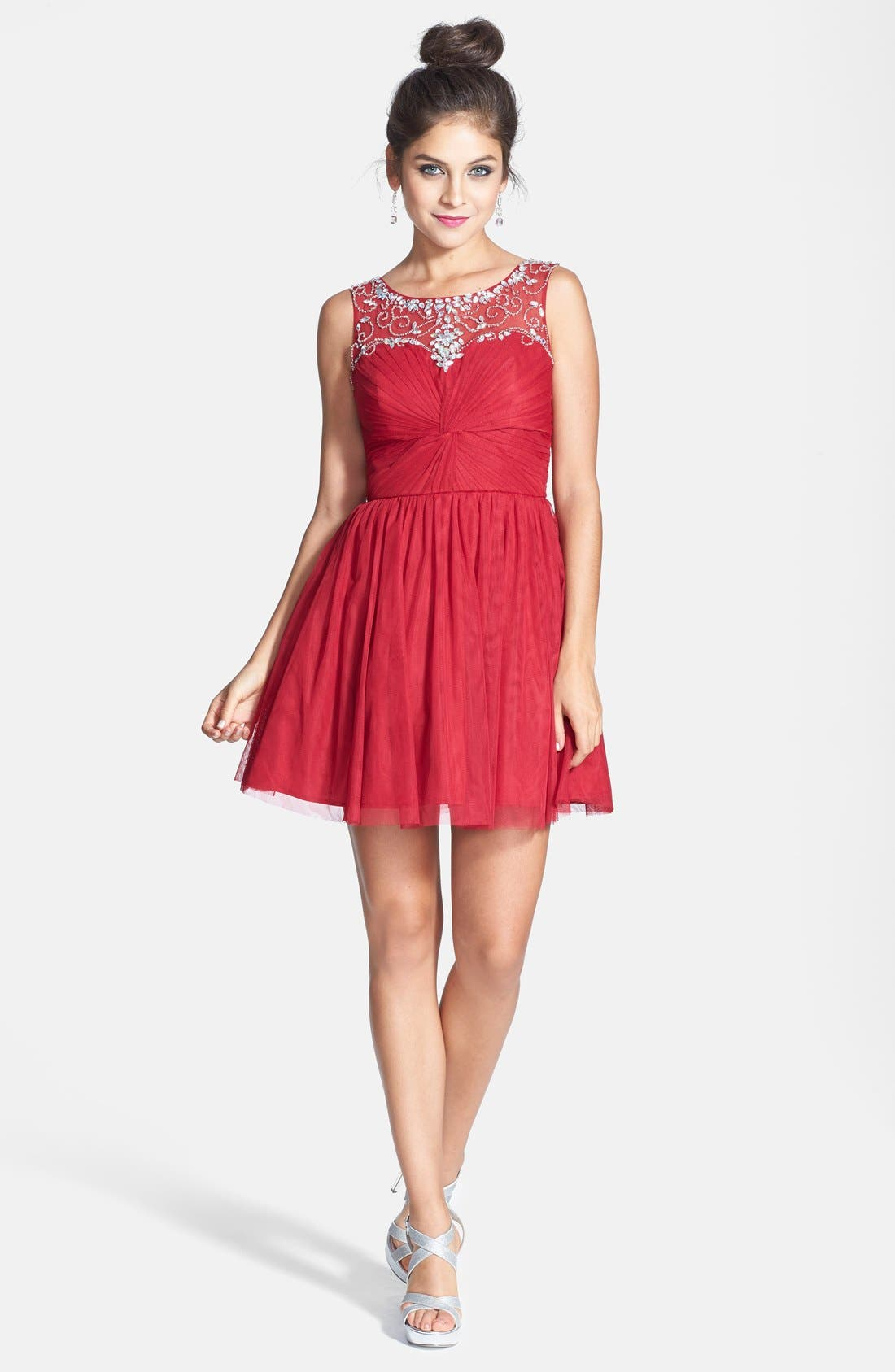 Main Image - Steppin Out Deep V-Back Party Dress (Juniors)