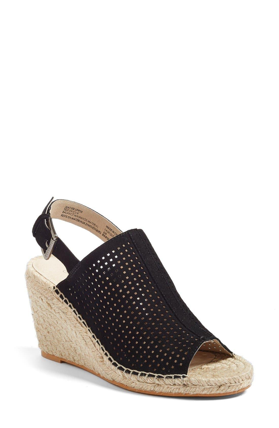 CASLON<SUP>®</SUP> Sutton Slingback Sandal