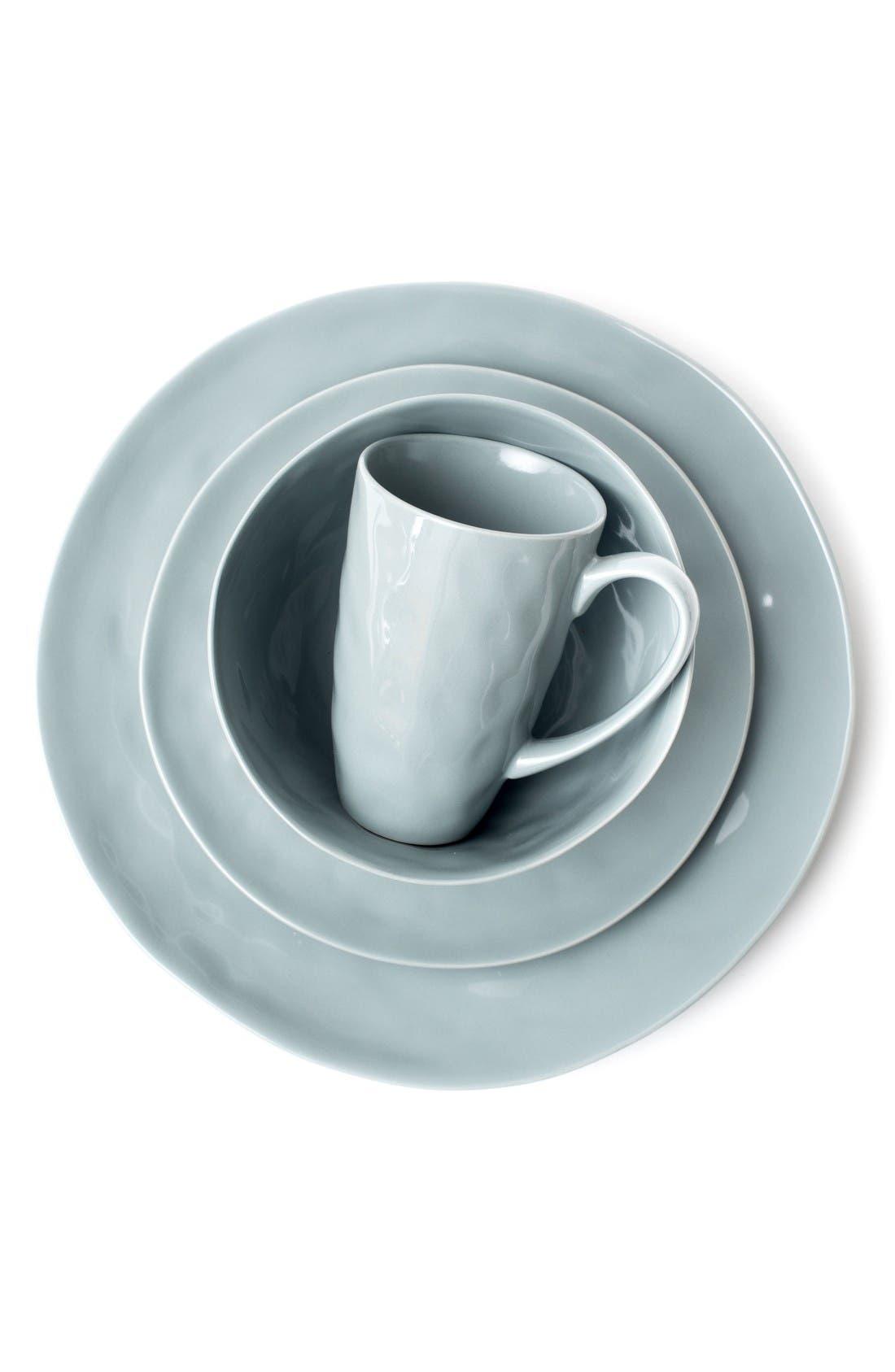 Zestt Sculptured Porcelain Dishware (Set of 16)