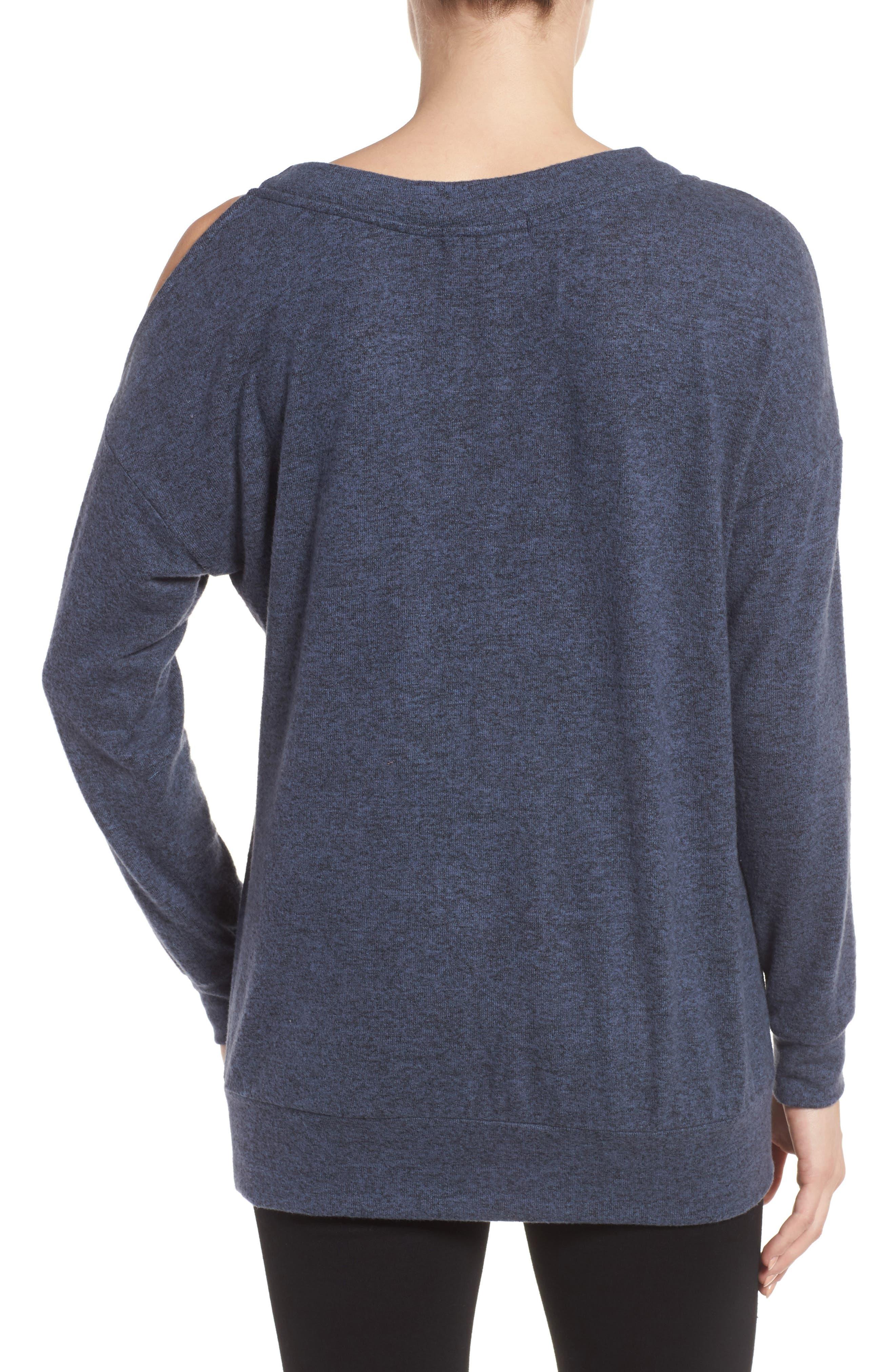 Alternate Image 2  - Gibson Open Shoulder Fleece Top (Regular & Petite)