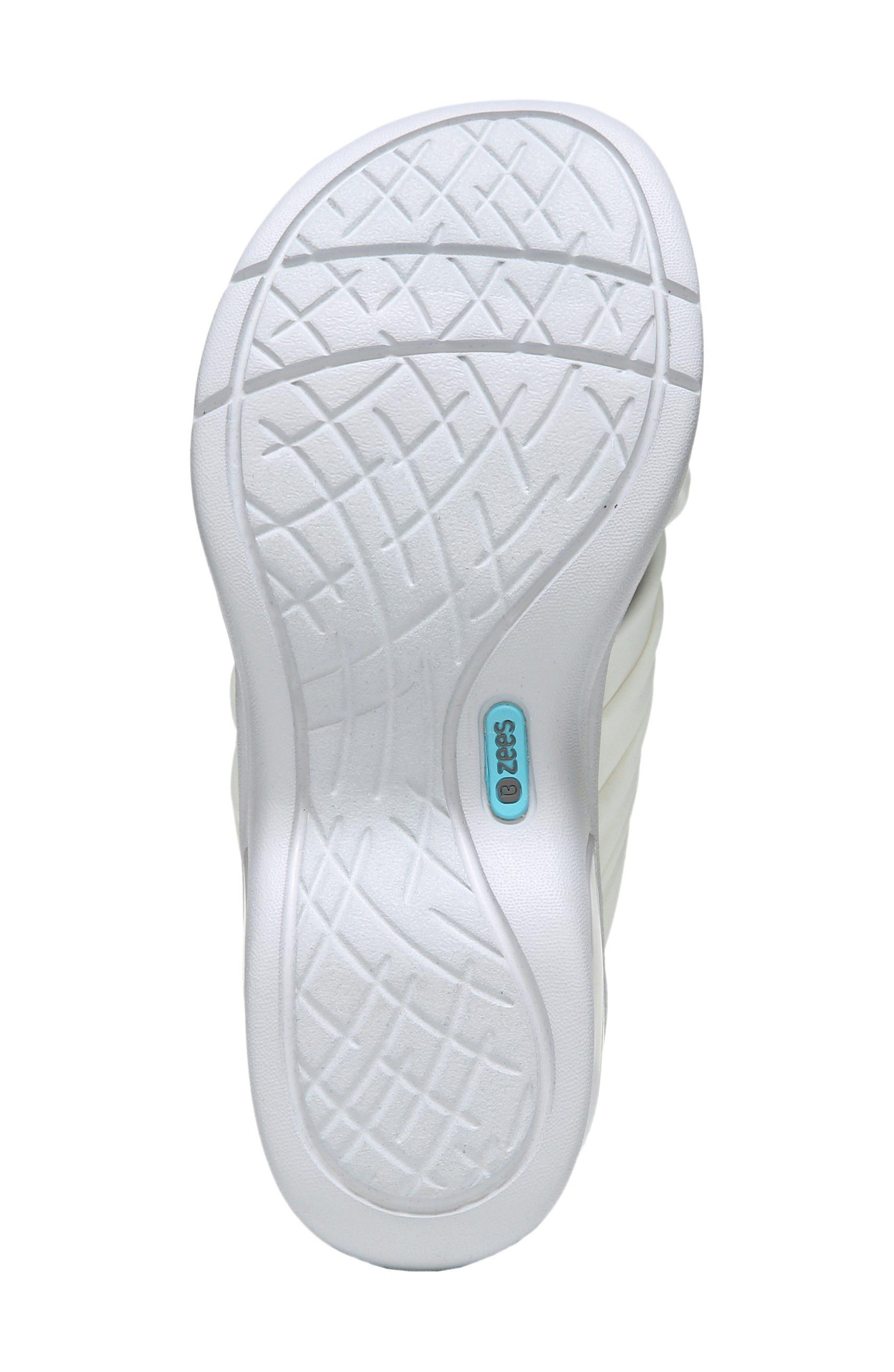 Alternate Image 4  - BZees Knockout Slide Sandal (Women)