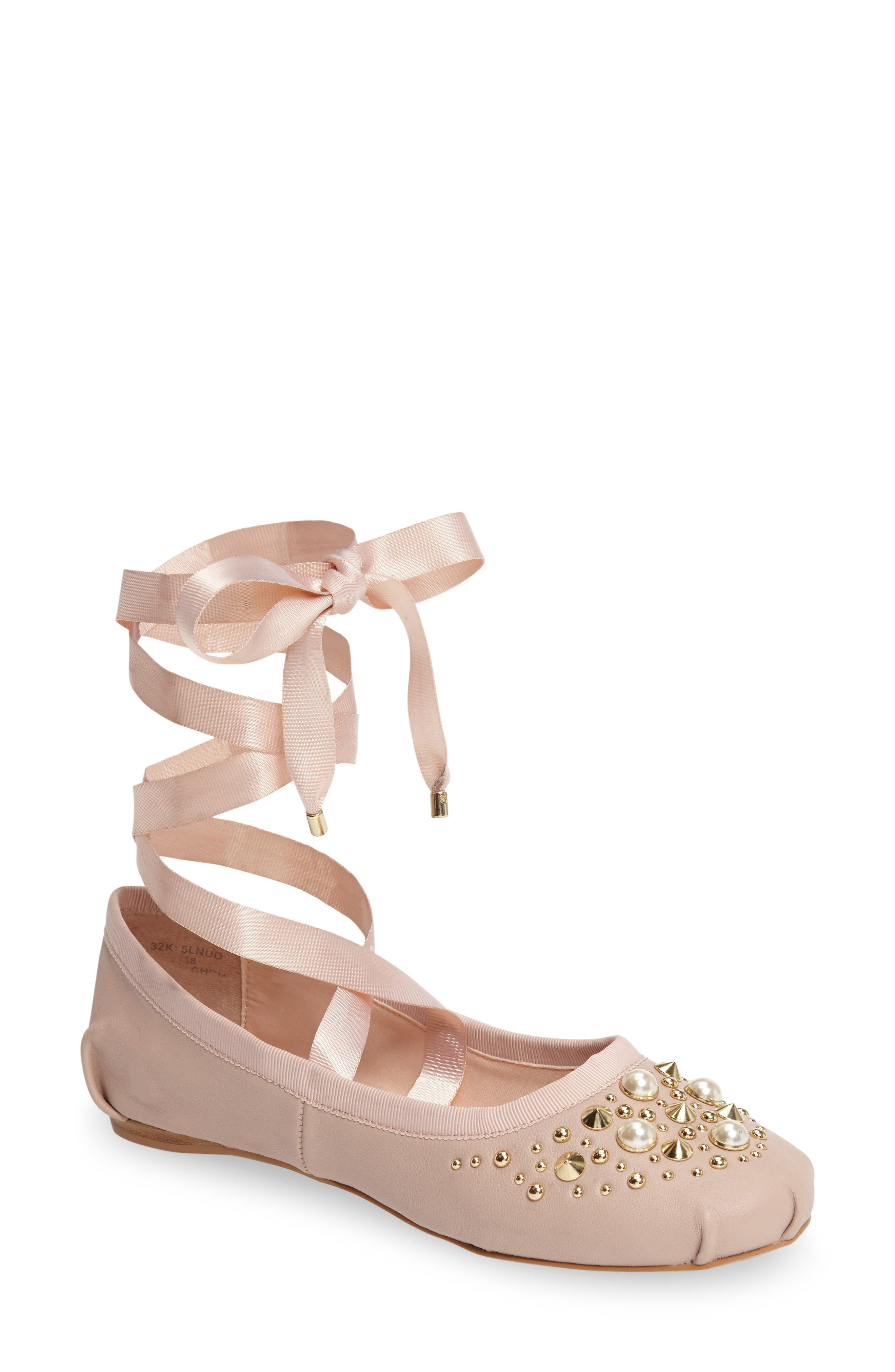 Topshop Kisses Ballet Flat (Women)