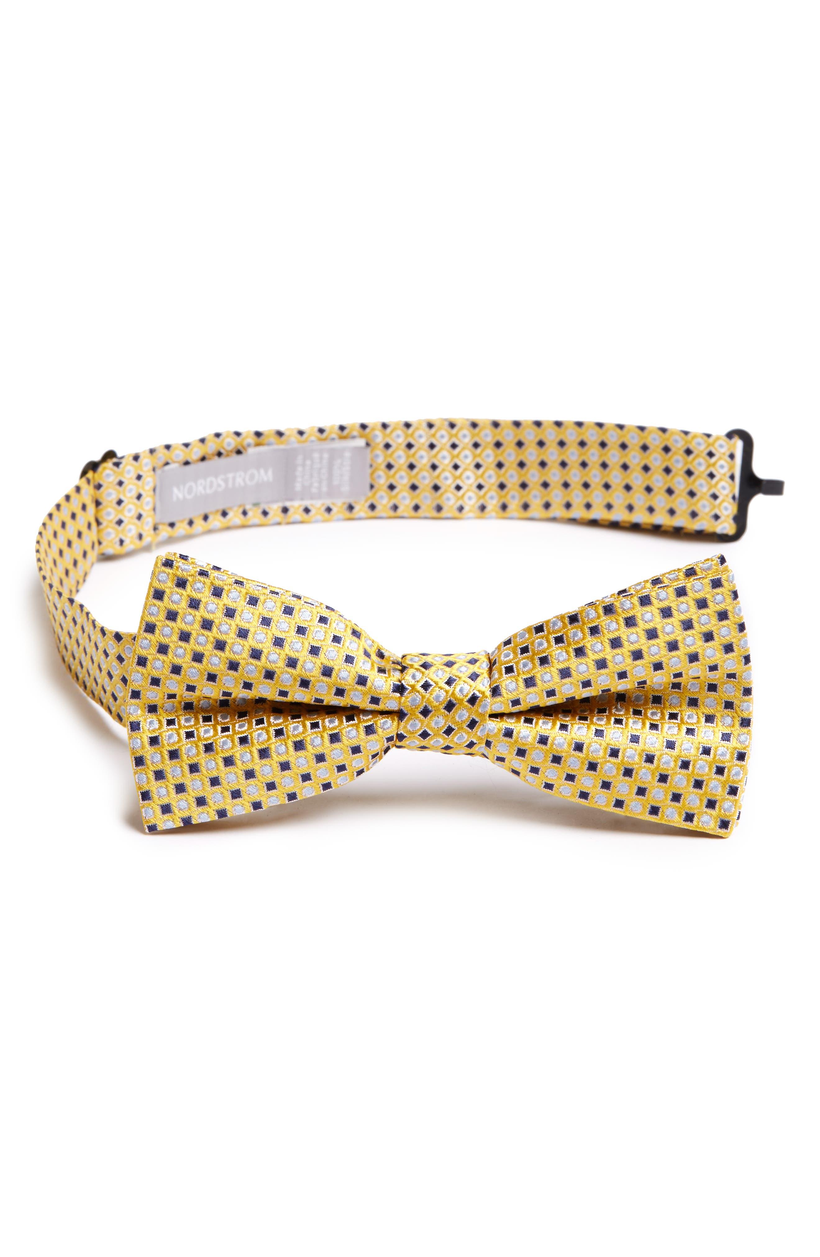 Nordstrom Neat Geometric Silk Bow Tie (Big Boys)