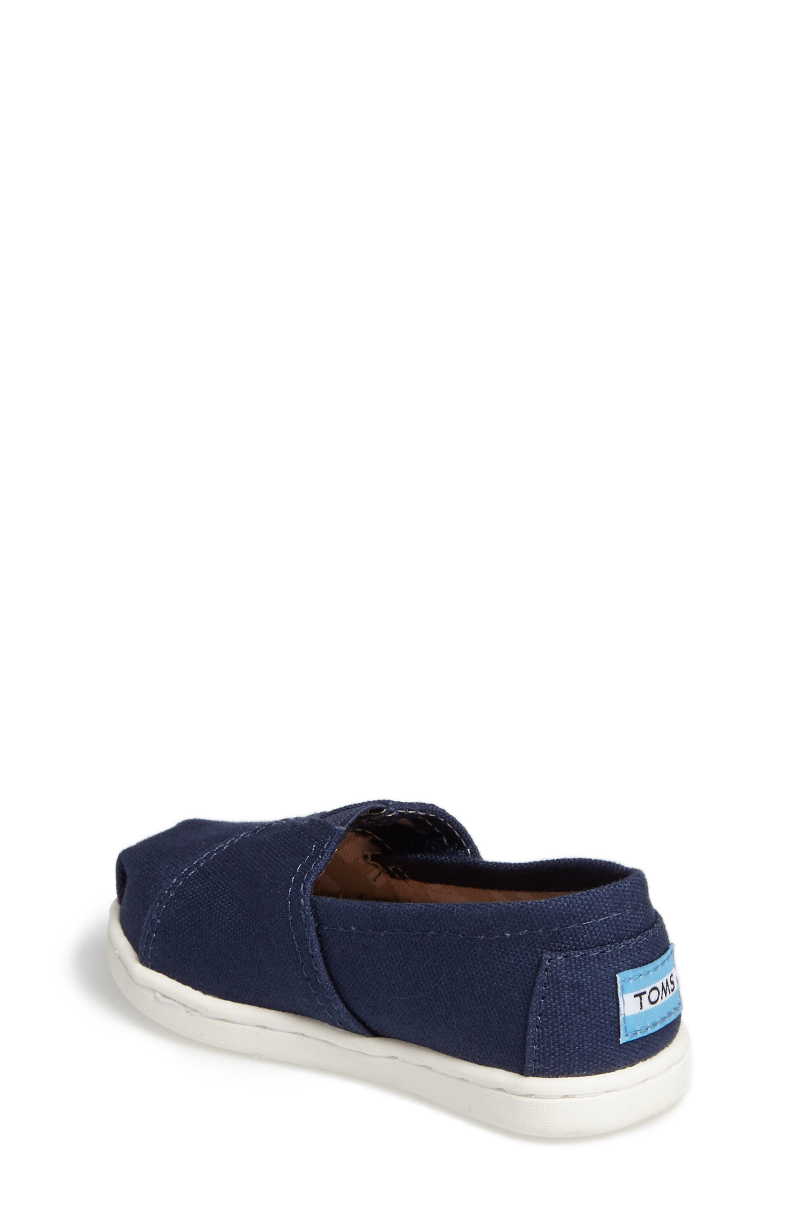 8bbf20b65076f9 Boys  TOMS Shoes