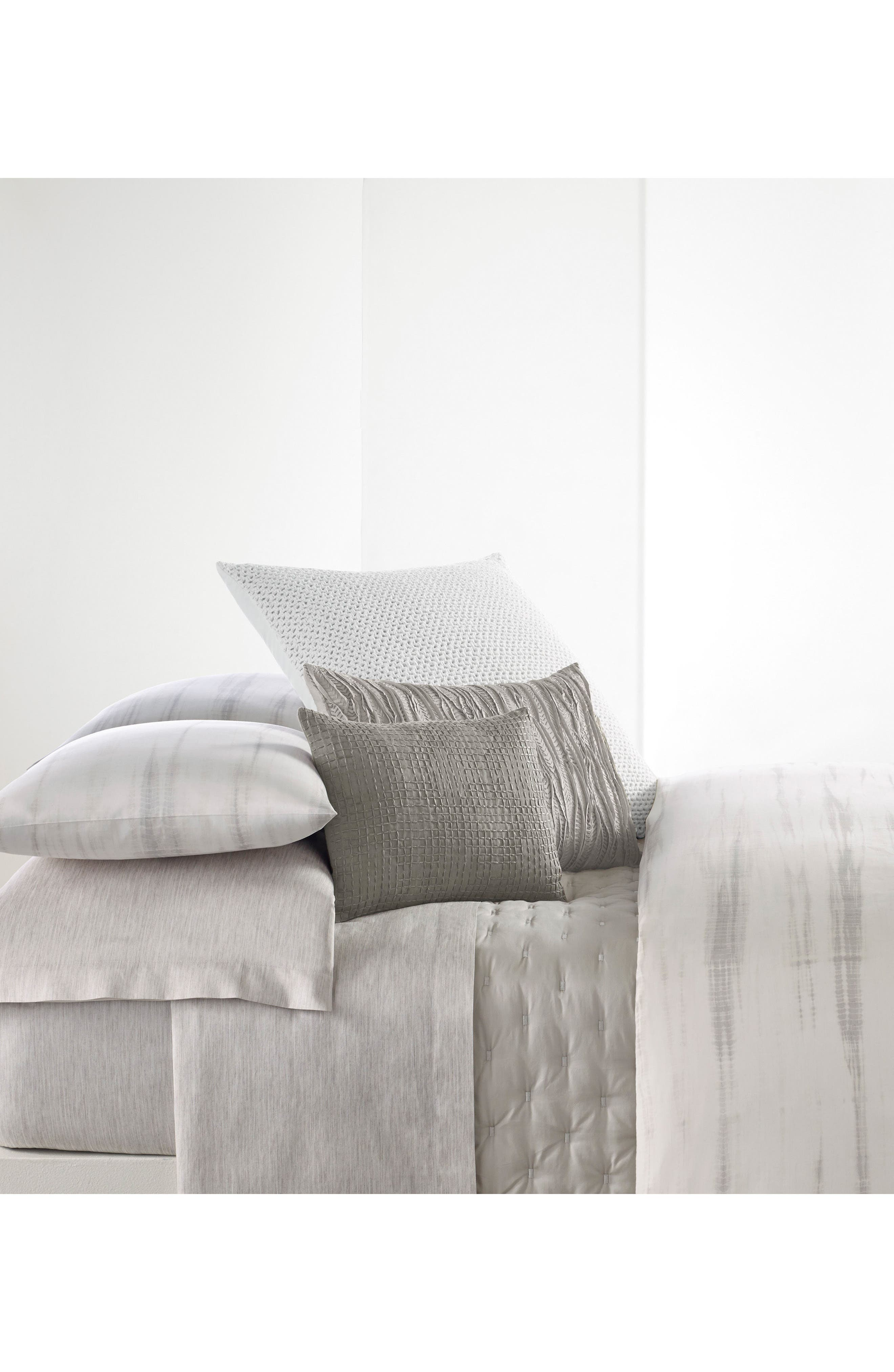 Vera Wang Marble Shibori 350 Thread Count Duvet Cover