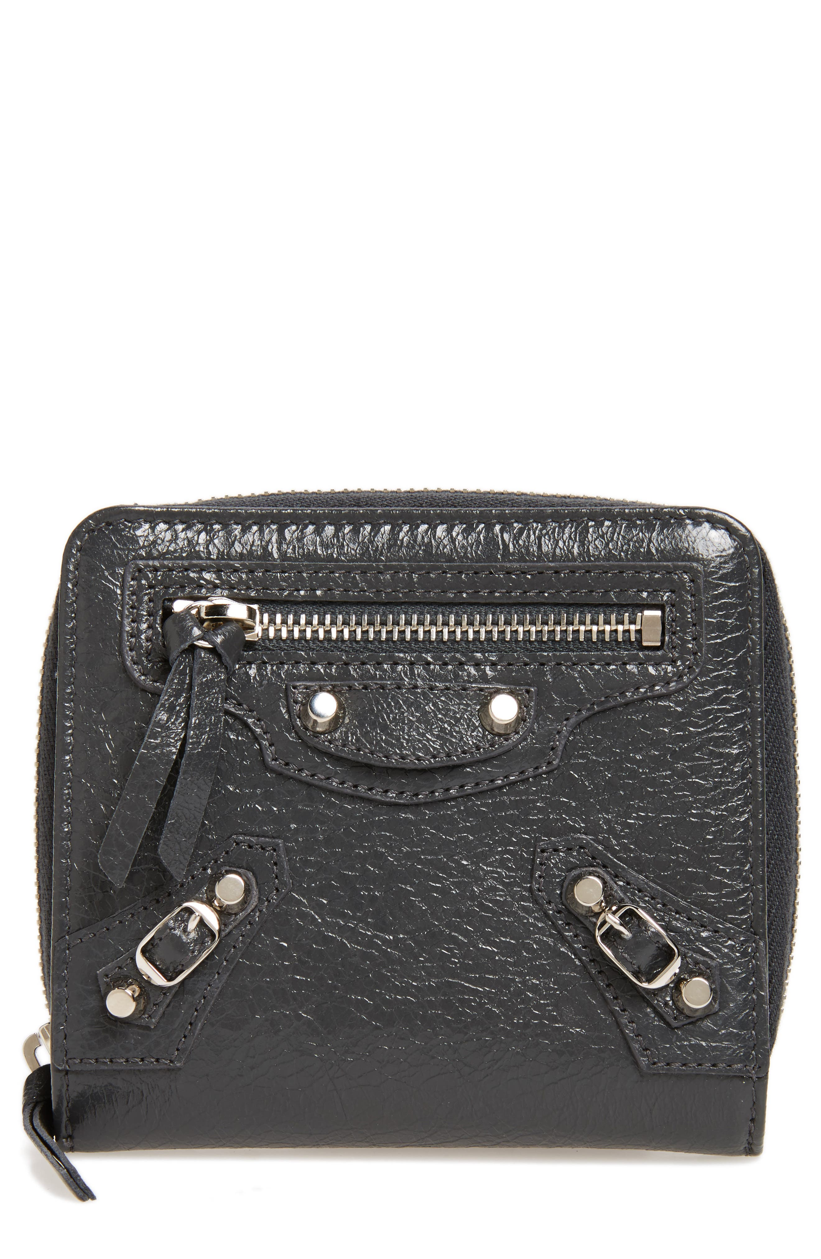 Classic Leather Billfold,                         Main,                         color, 1110 Gris Fossile