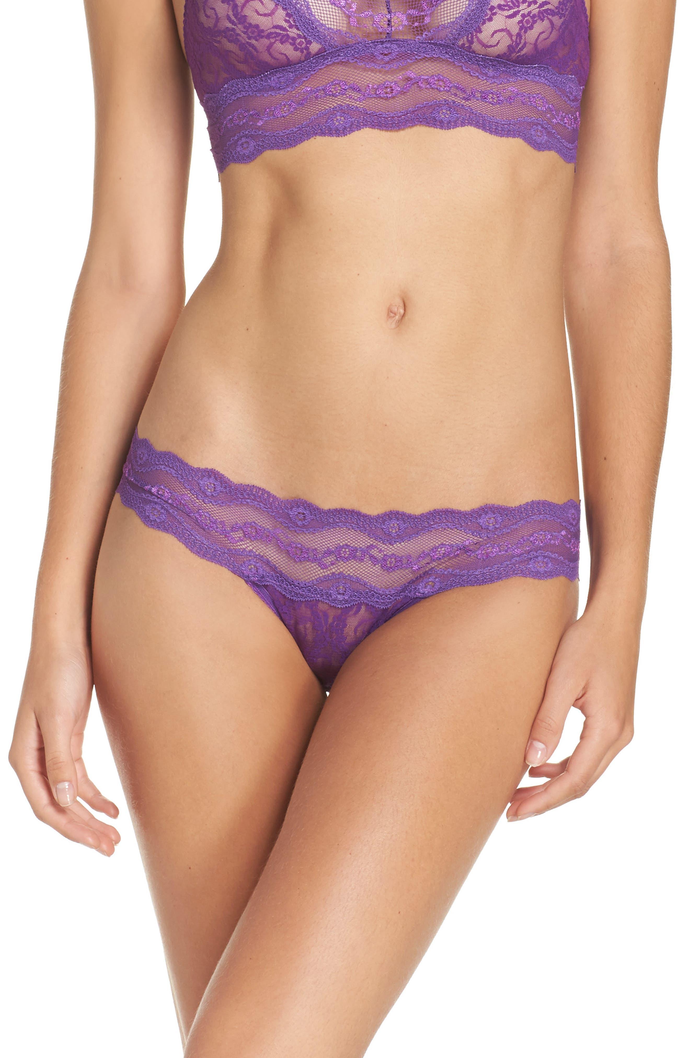 b.tempt'd by Wacoal 'Lace Kiss' Bikini