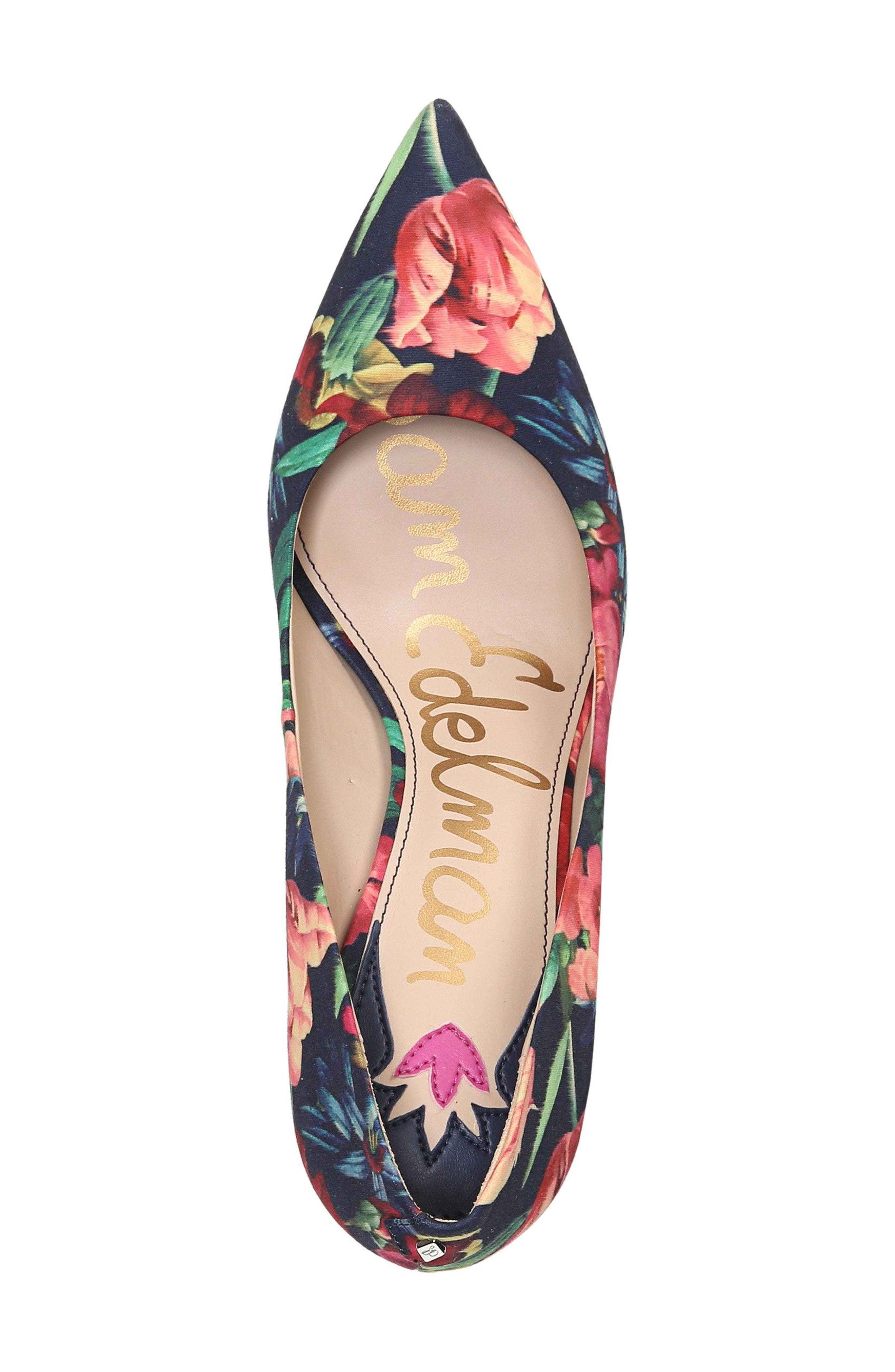 Hazel Pump,                             Alternate thumbnail 5, color,                             Navy Floral Fabric