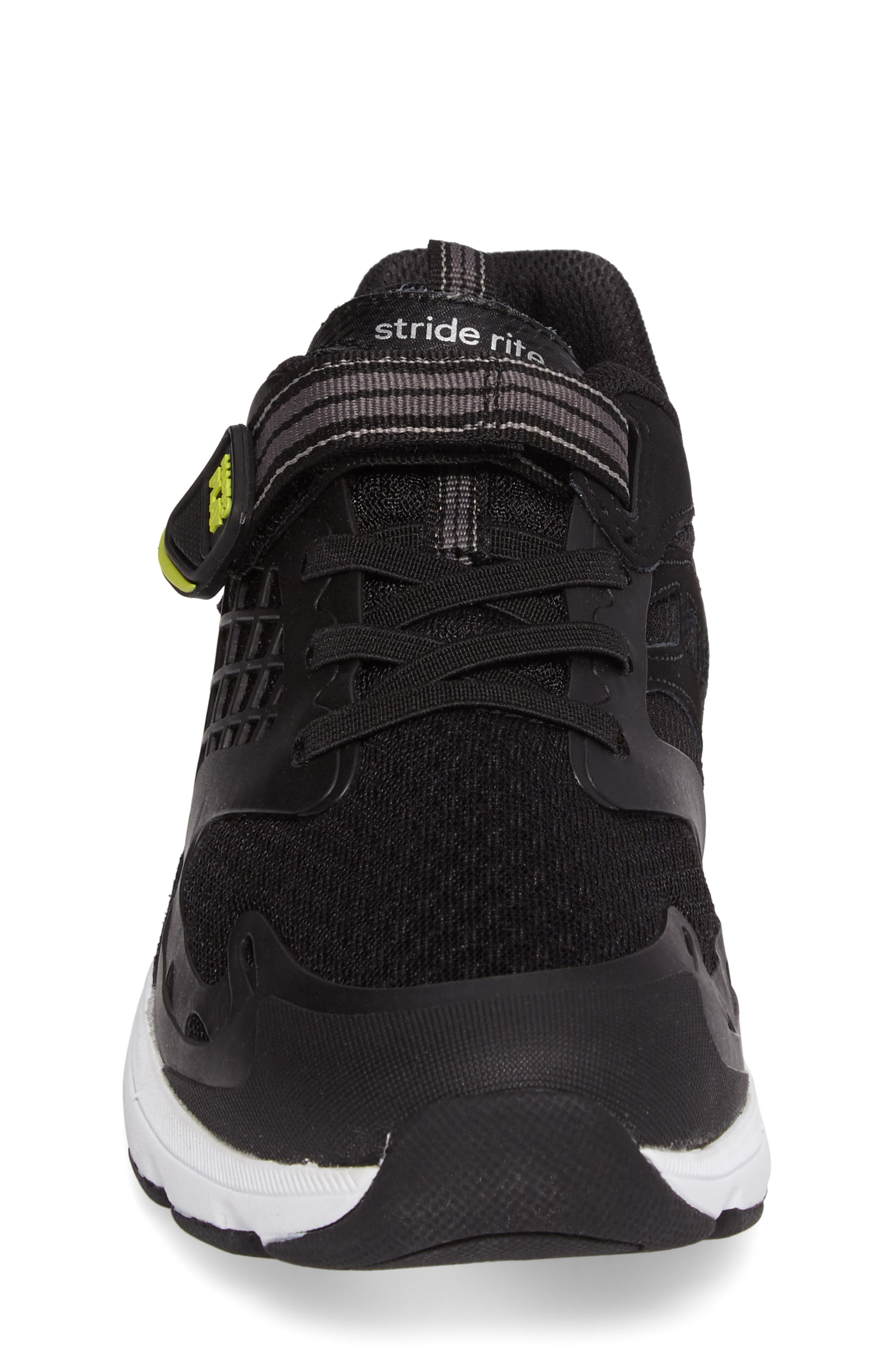 Made 2 Play Breccen Sneaker,                             Alternate thumbnail 4, color,                             Black