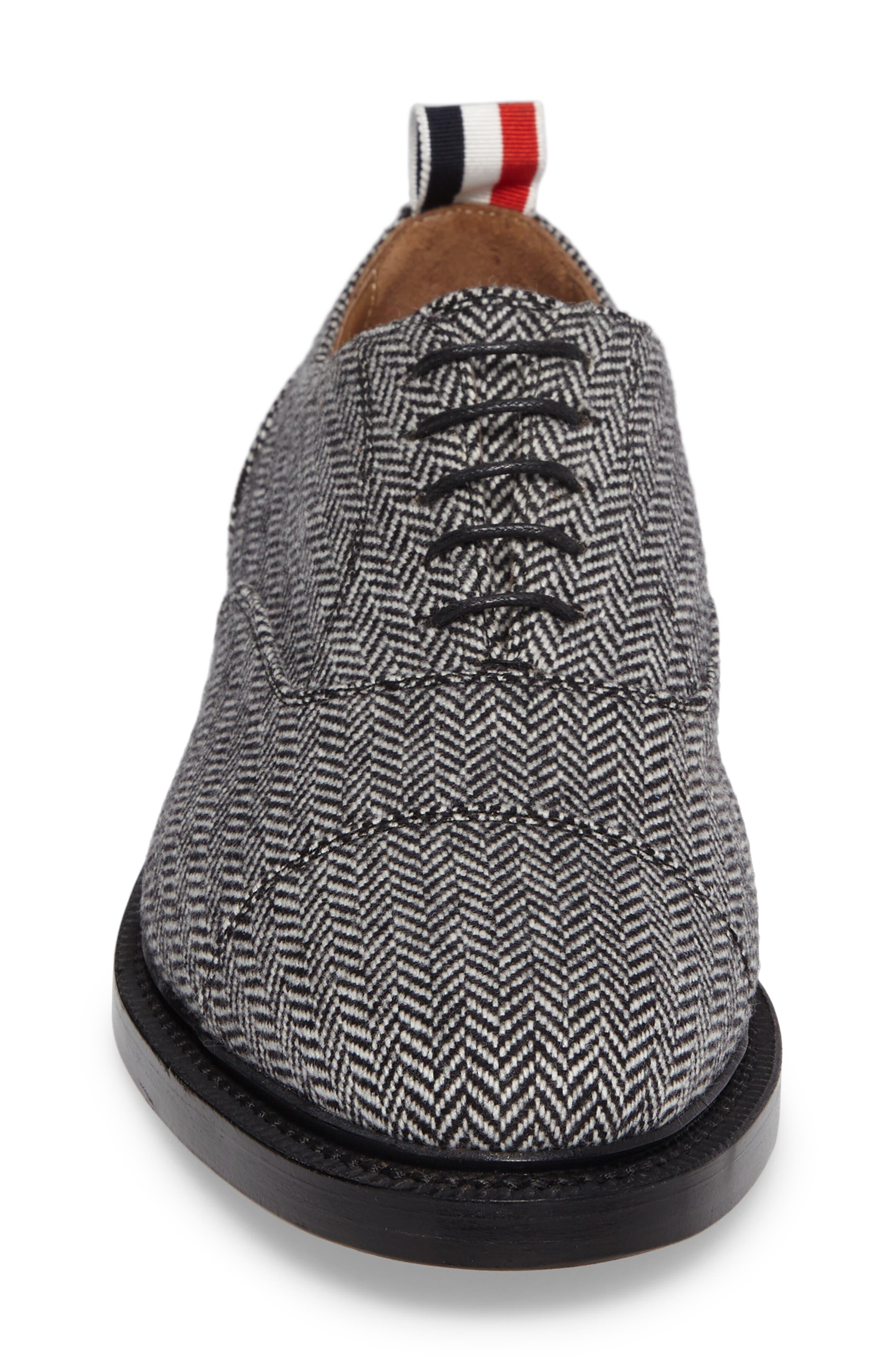 Cap Toe Oxford,                             Alternate thumbnail 4, color,                             Black/ White