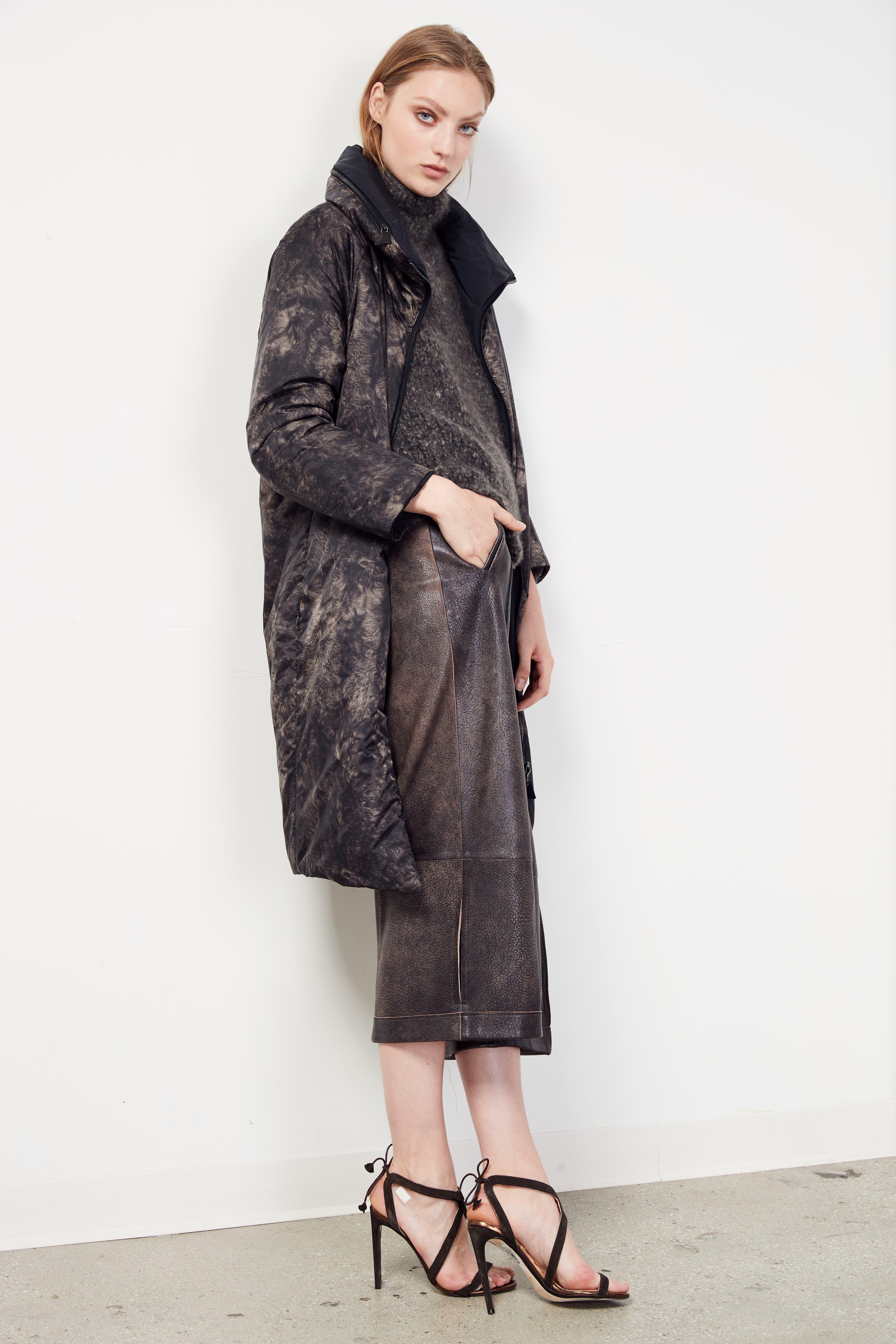 Alternate Image 3  - Akris Antiqued Nappa Leather Culottes