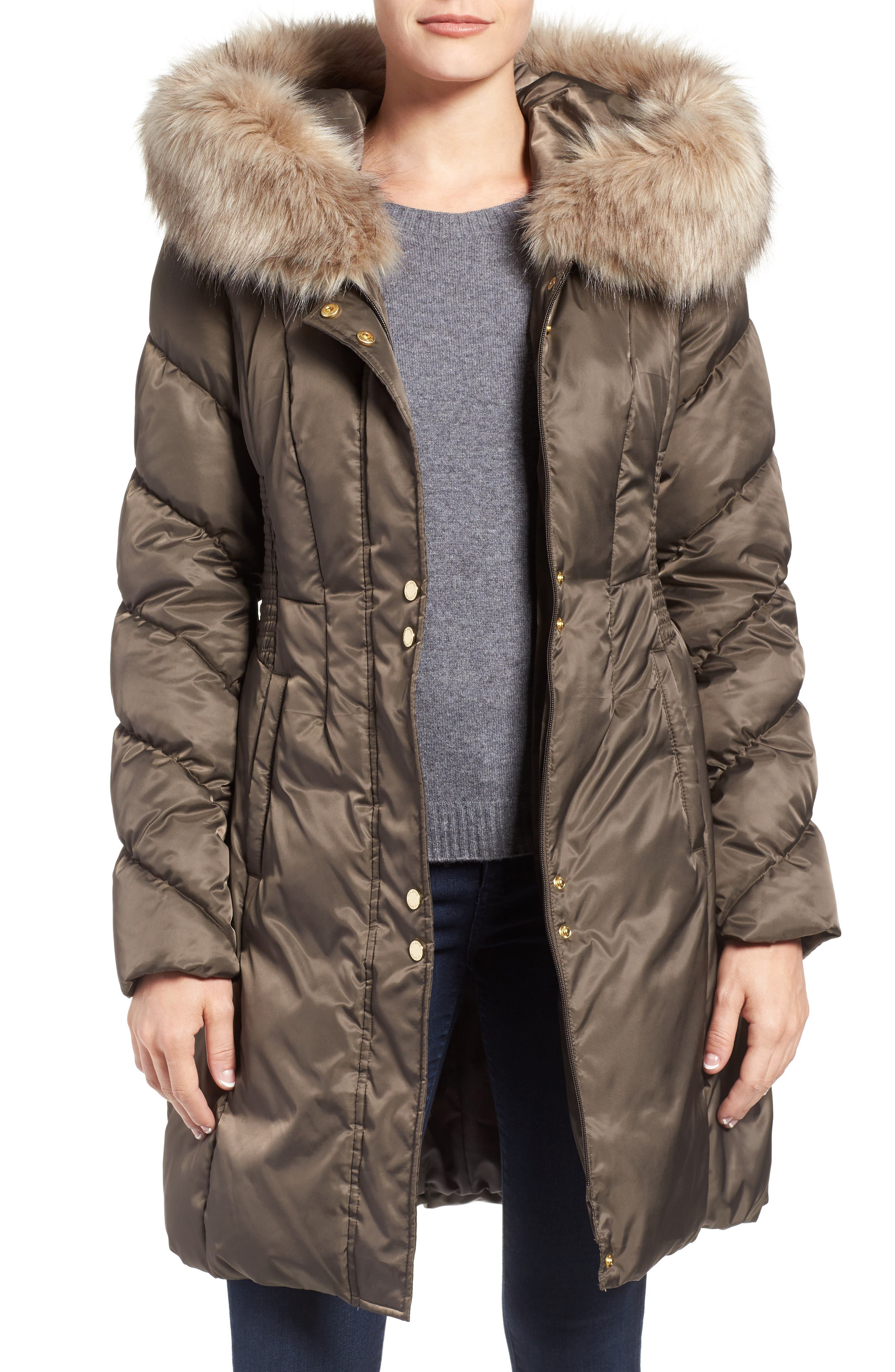 Main Image - Via Spiga Water Repellent Quilted Puffer Coat with Faux Fur Trim