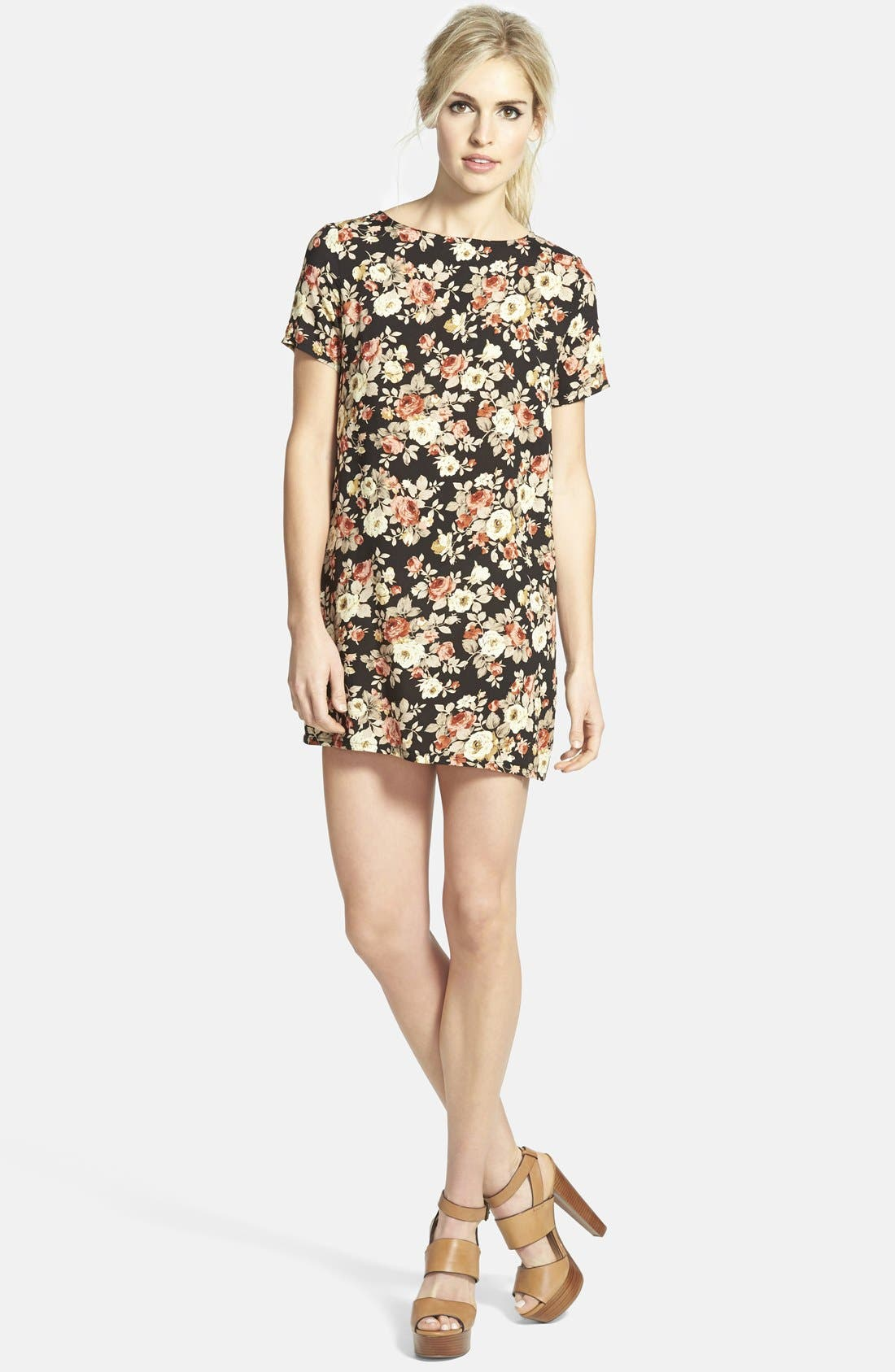 Alternate Image 1  - Glamorous Print Shift Tunic Dress