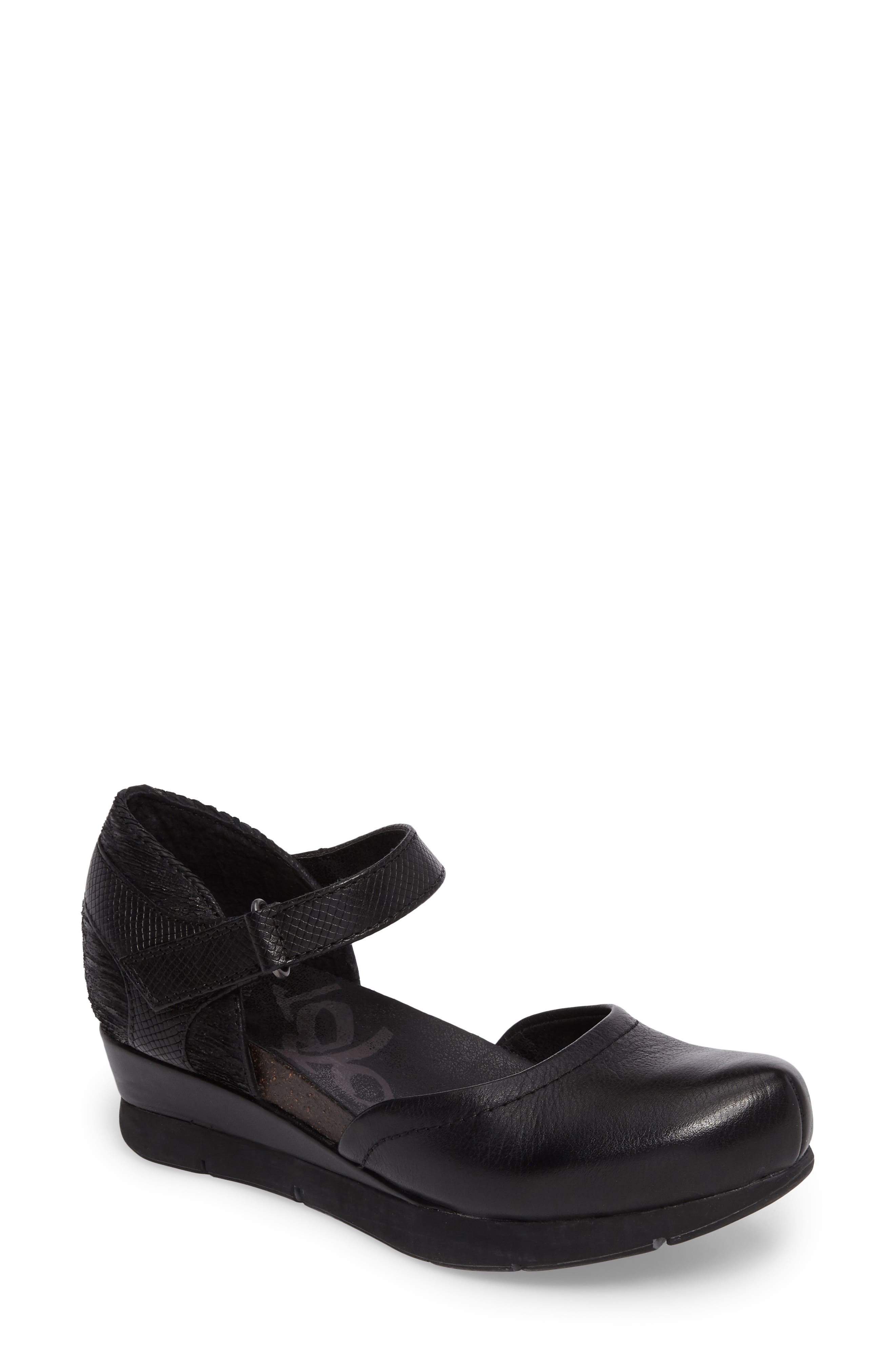 OTBT Companion Mary Jane Wedge (Women)