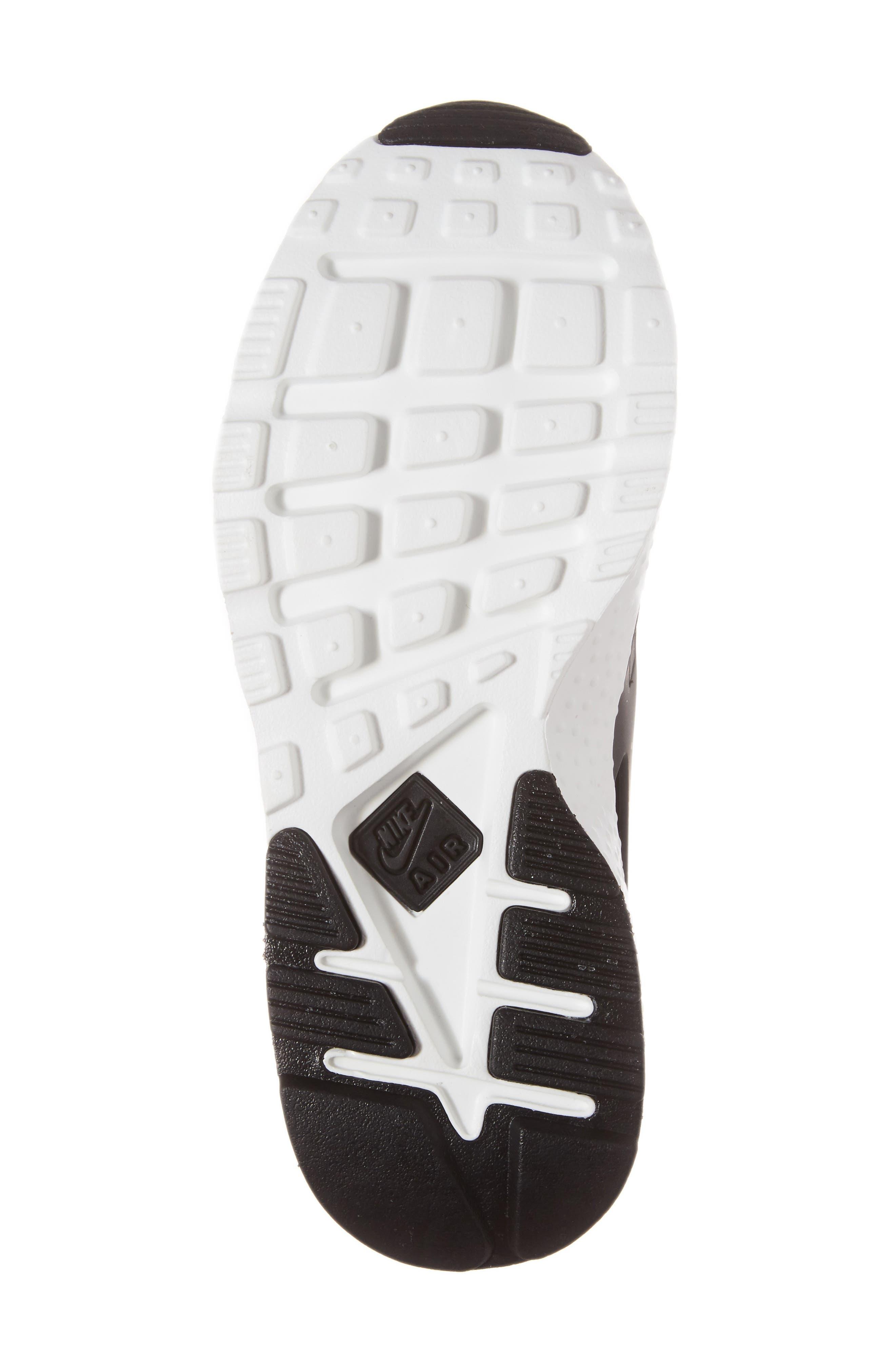 Alternate Image 6  - Nike 'Air Huarache Run Ultra SE' Sneaker (Women)