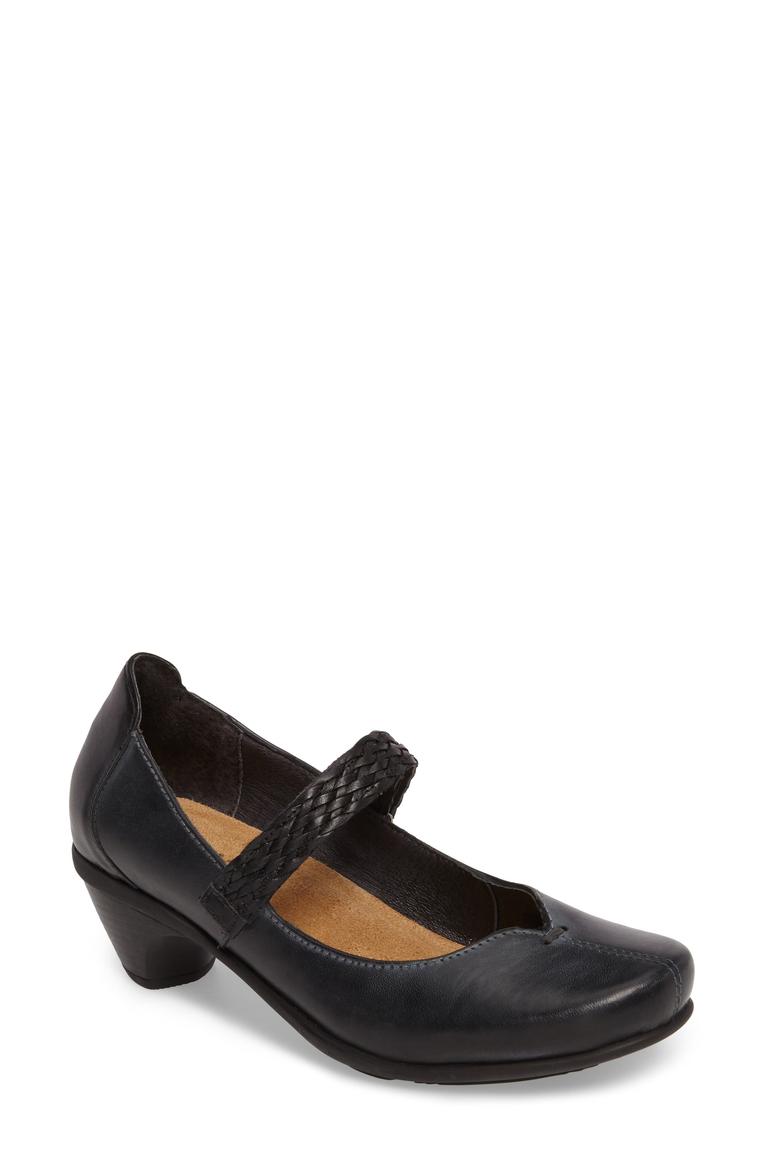 Naot Forward Mary Jane Pump (Women)