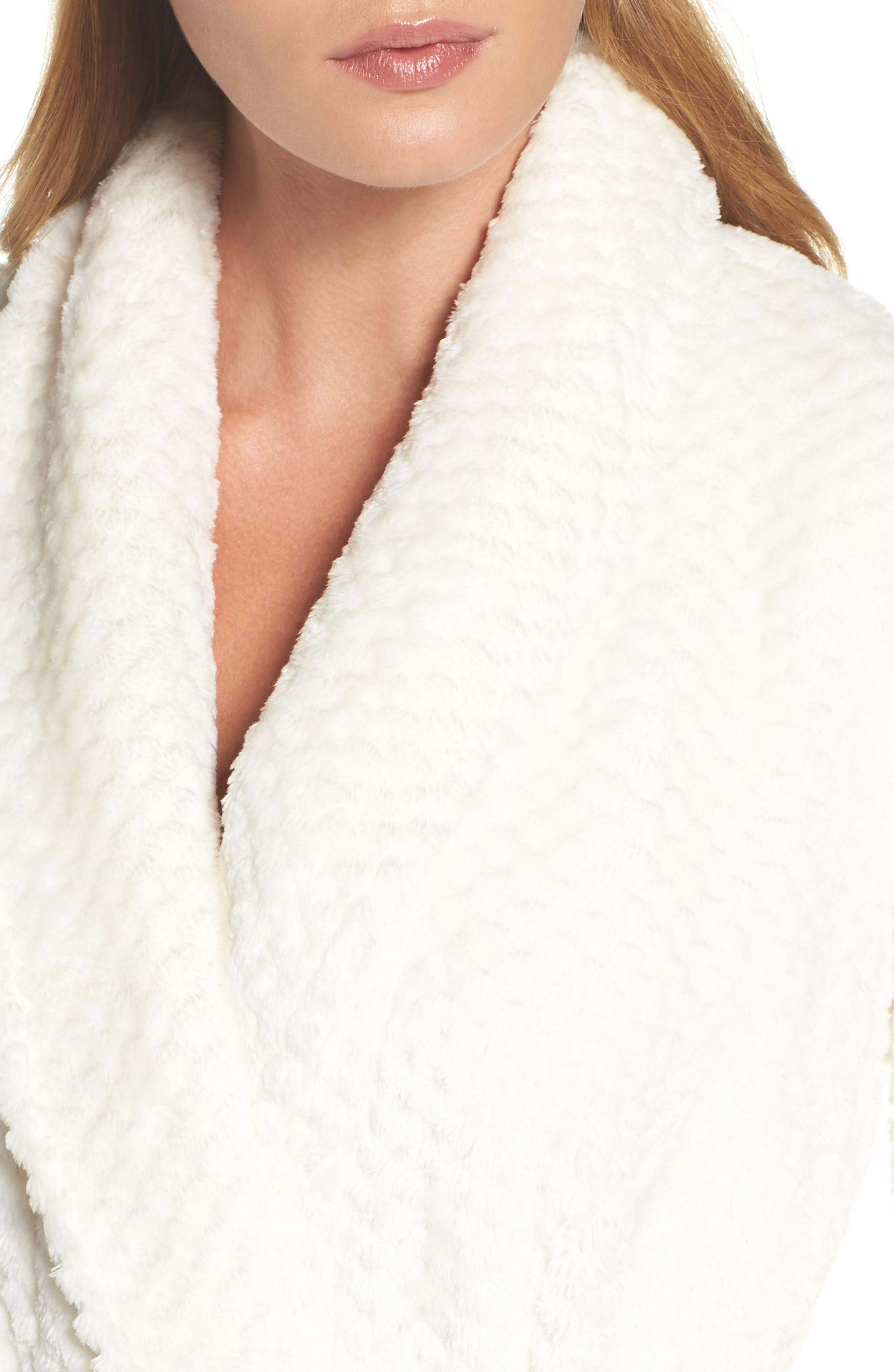 Nordstrom So Soft Plush Robe,                             Alternate thumbnail 5, color,                             Ivory Egret