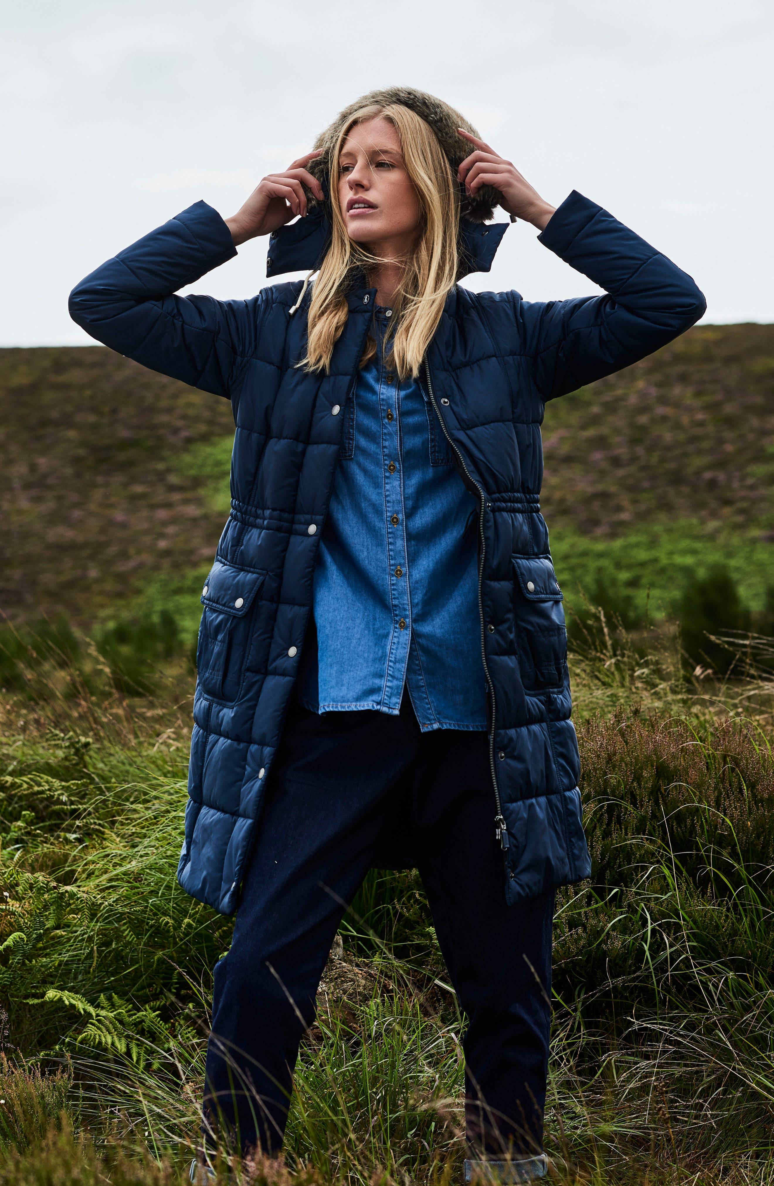 Winterton Water Resistant Hooded Quilted Jacket with Faux Fur Trim,                             Alternate thumbnail 7, color,                             French Navy