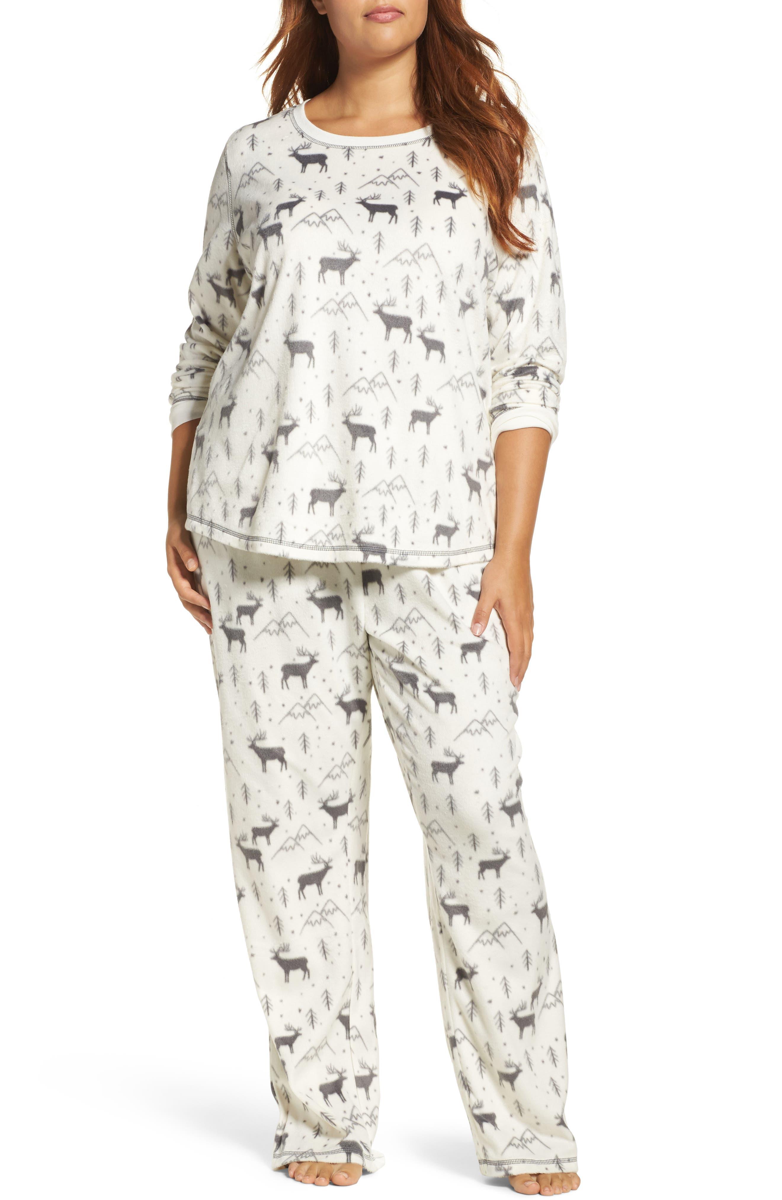PJ Salvage Polar Fleece Pajamas (Plus Size)