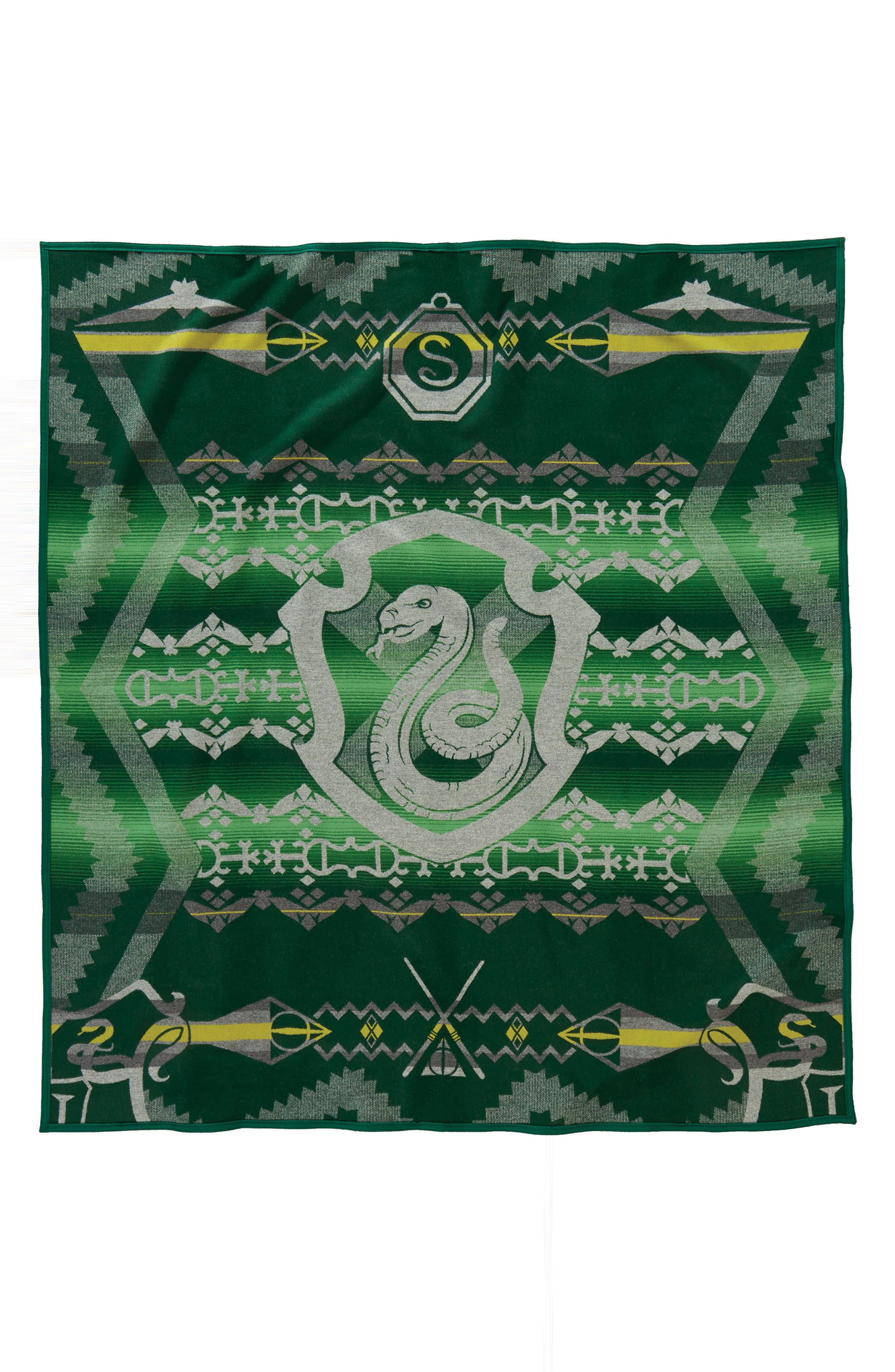 Harry Potter - Slytherin Blanket,                             Main thumbnail 1, color,                             Green